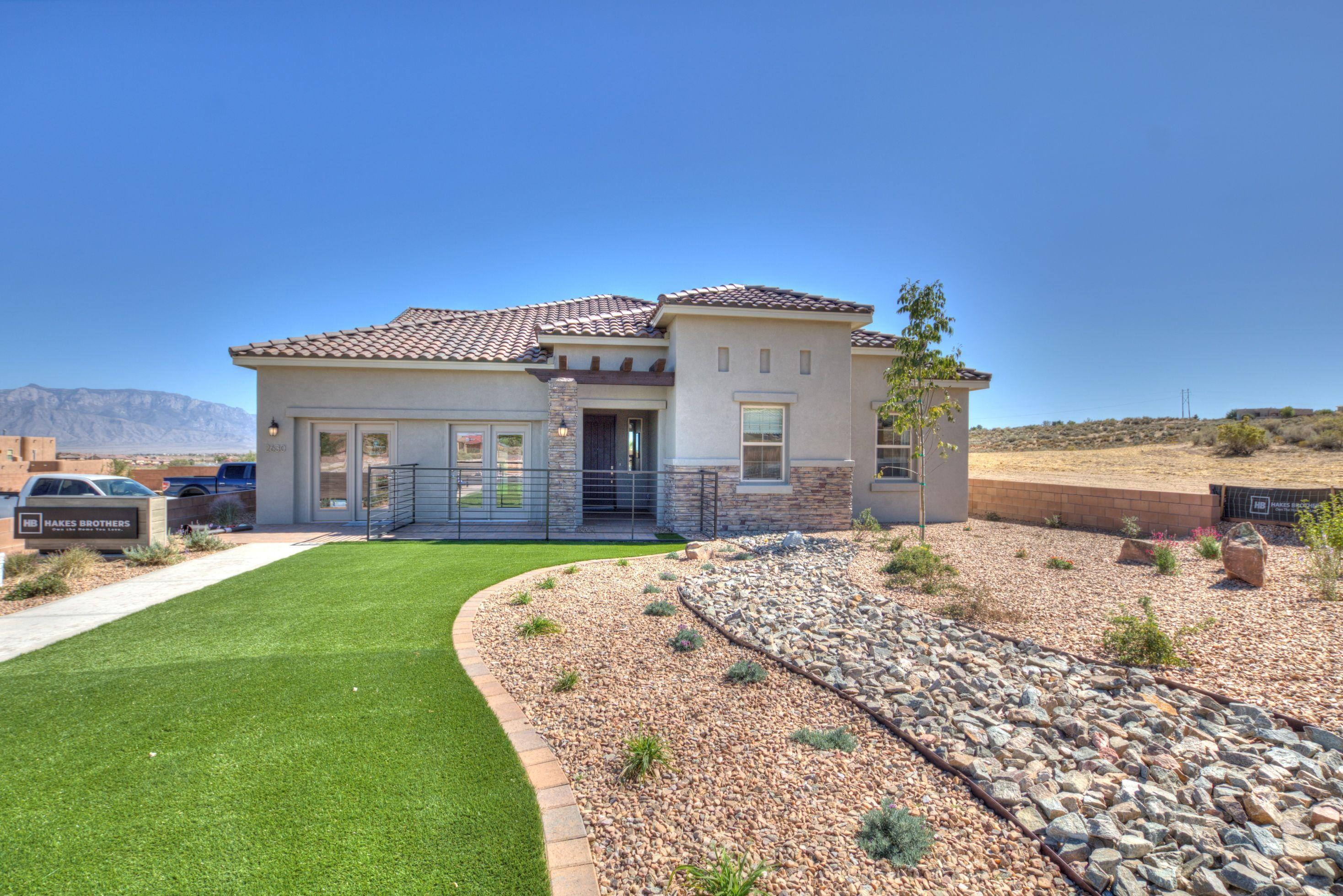 Hakes Brother Brand New Model Home 2740 TuscanInvestor special!  Leaseback program!  Beautiful decked out model with gourmet kitchen, 36'' tiled fireplace, barn door, Master shower with rain shower head, 8' doors throughout, pot filler, farm sink, upgraded tile!NO PID NO HOA