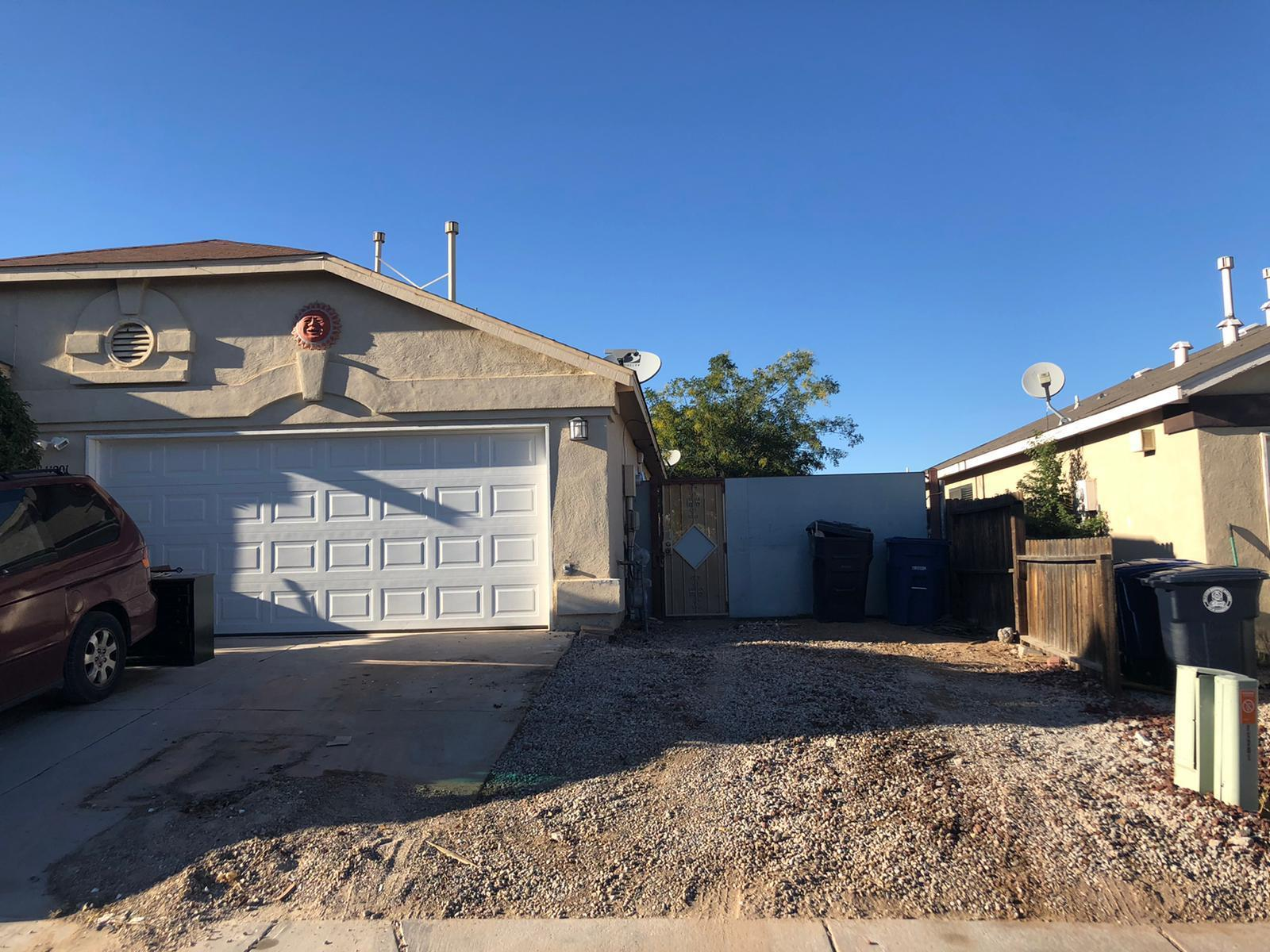 Great home plan, needs some upgrading such as painting and carpeting etc. big yard with access to the back patio, Lots of potential , Thiis one will sell fast