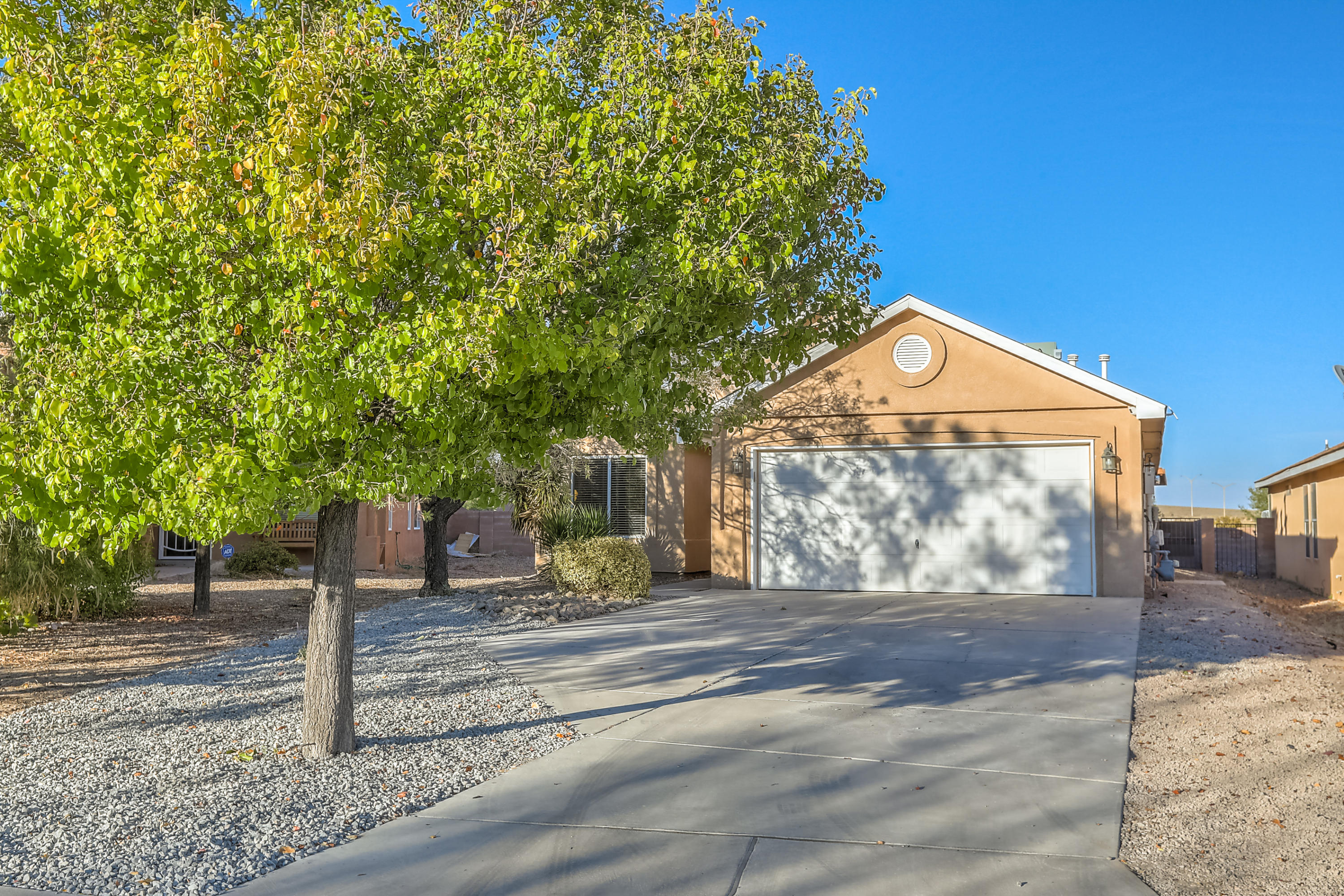 Welcome home to this beautiful one story in Sierra Norte. Walk into this spacious open floor plan with raised ceilings throughout. The living room is open concept. The dining space is adjoined and an open kitchen bar extends into the dining area perfect for entertaining. The spacious kitchen boasts plenty of natural lighting with double door for indoor/ outdoor access and dining. The kitchen boasts updated counter tops, updated cabinets and stainless steel appliances. The master suite is cozy with vaulted ceilings, plenty of natural lighting and an enormous walk in closet. The two additional bedrooms...