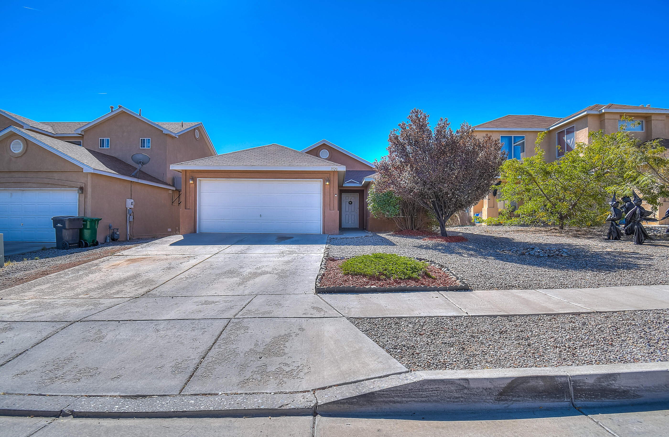 Don't miss out on this lovely 4 bedroom, 2 car garage home in a desirable Rio Rancho neighborhood. A large, open living room with oversized kitchen adds to the charm of this home. A gas fireplace will set the ambiance in the cooler months. This home comes with a nice size master bedroom with a huge walk in closet and garden tub. Add a large back yard for all your entertaining needs, this home is ready for its new owner! Close to a lovely park, food, shopping, major roads and schools. Schedule a showing today!