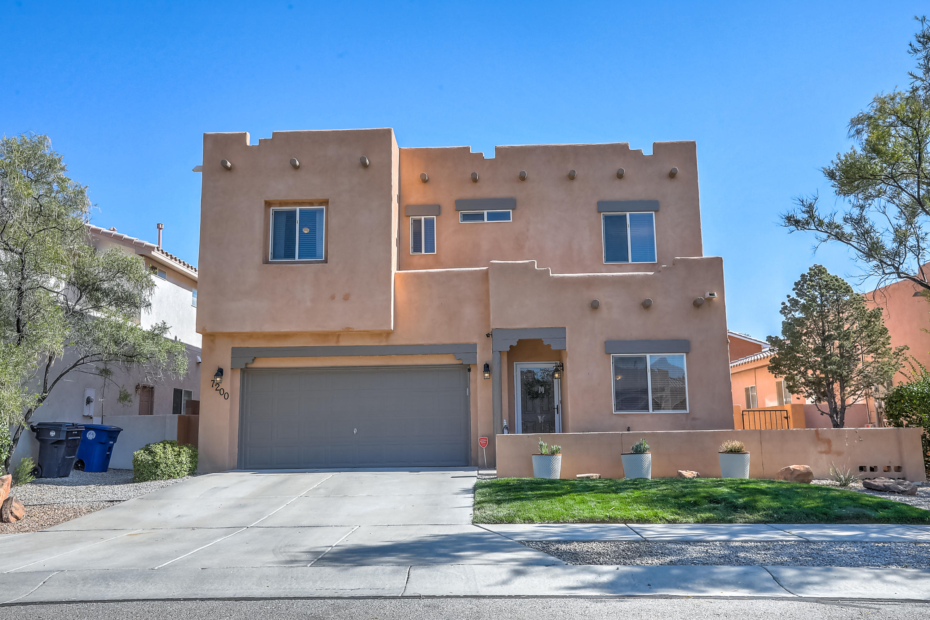 This stunning home is nestled in a cul-de-sac of Vista Del Norte.  The lovely bright floor plan has all bedrooms upstairs along with a great loft area.  The kitchen is open to the living area and has an island, gas stove, updated backsplash, large pantry, and more. There is a nice front entry area also that would be great for a formal dining space or office area.  The master bedroom is very spacious and also has a walk out balcony with great views of the Sandia Mountains.  The master bathroom has a walk in shower, garden tub, double sinks, and huge walk in closet.  In the backyard you'll enjoy a pergola covered patio, grass, and a shed.  This neighborhood has lots of park areas to enjoy also!