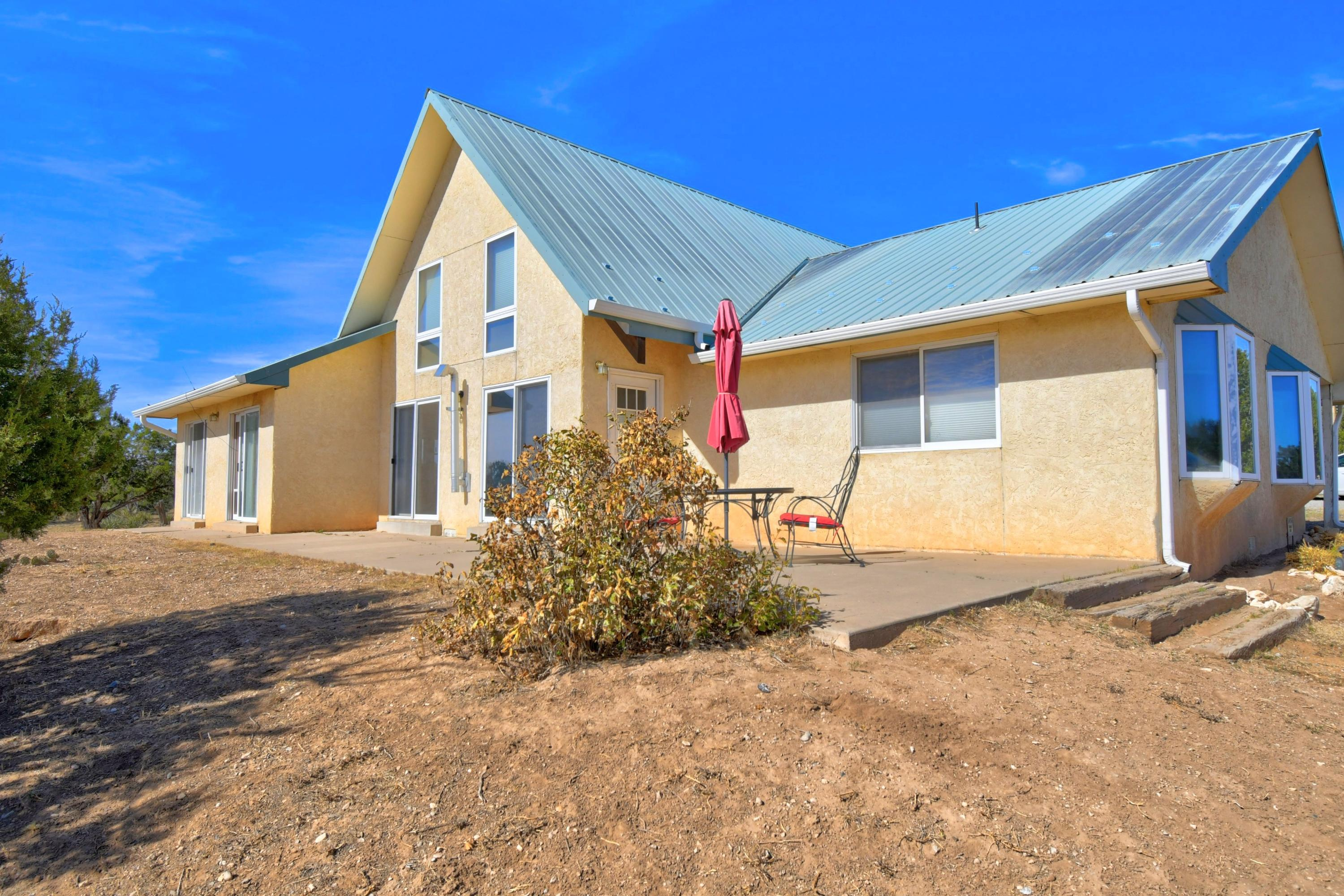 Bring your toys and your horses! Fully fenced 2.5 A with 3300 SqFt steel building on cement slab. Borders 100 A BLM land and only 6 minutes from Walmart! Beautiful 3 bedroom home with loft waiting for your personal​​‌​​​​‌​​‌‌​‌‌‌​​‌‌​‌‌‌​​‌‌​‌‌‌ touches!