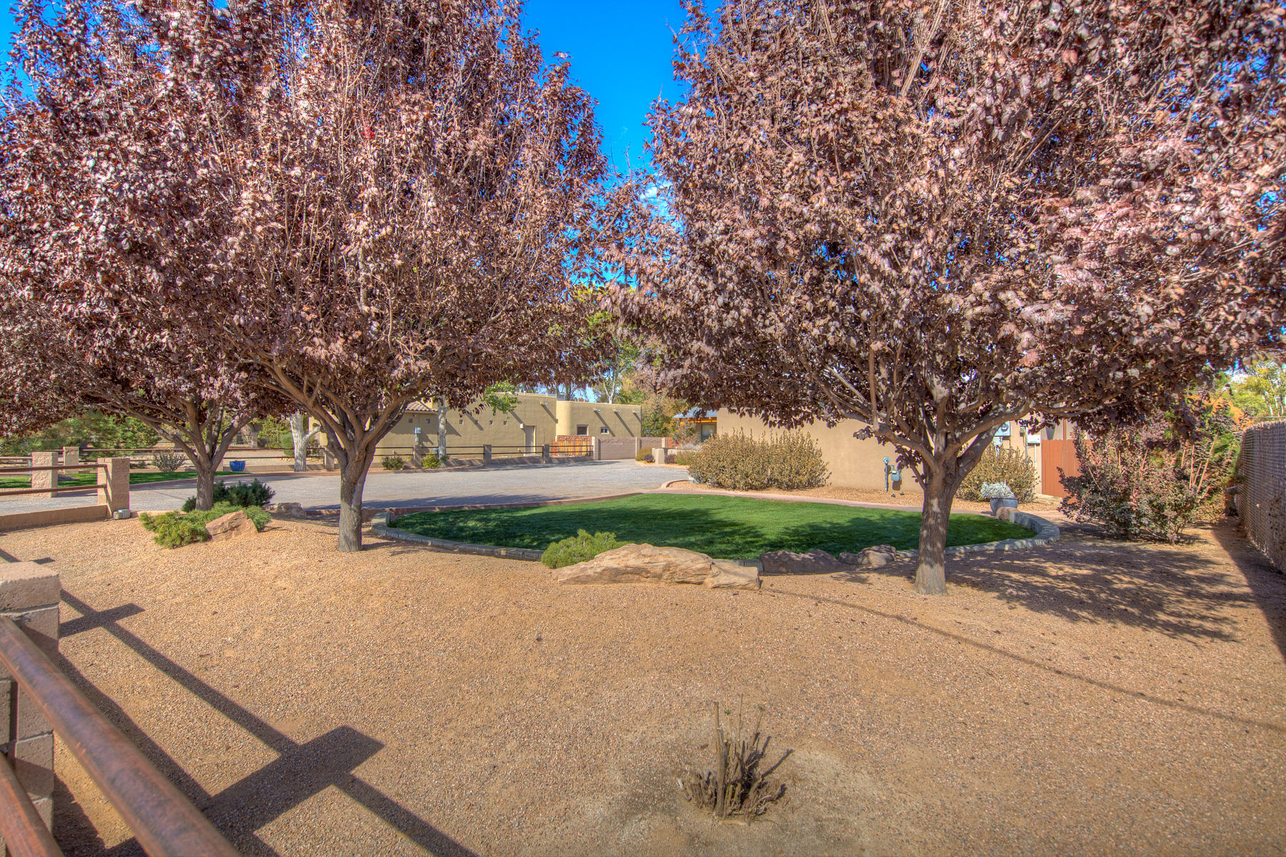 513 ROEHL ROAD NW, LOS RANCHOS, NM 87107  Photo