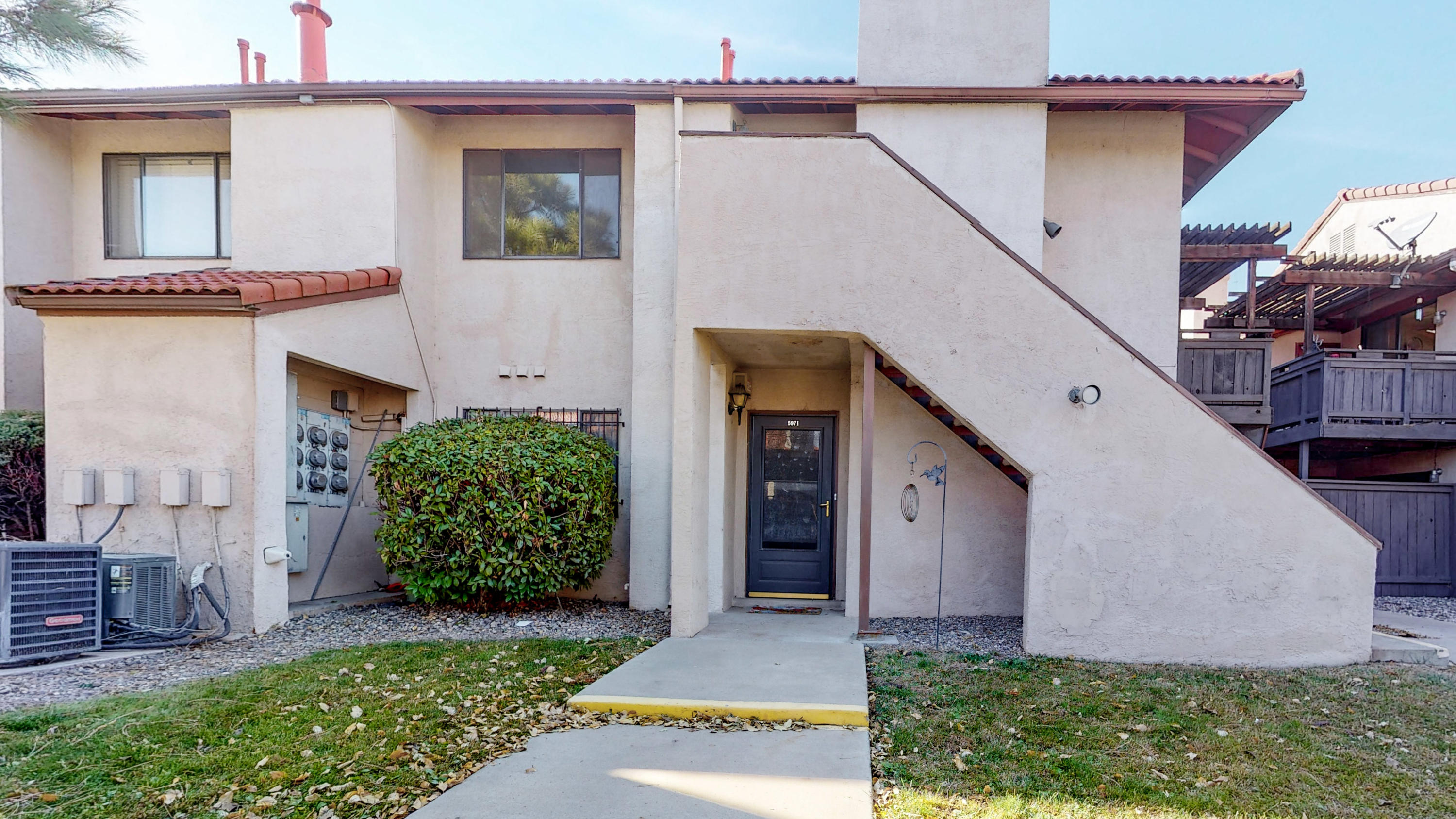 Cozy 1 bedroom condo cosmetically updated!  Completely repainted, new lighting, brand new wood laminate floors, refurbished cabinets, and new granite in the kitchen and bathroom!  Private outdoor balcony.  Community area has large pool & hot tub for your winter or summer enjoyment!