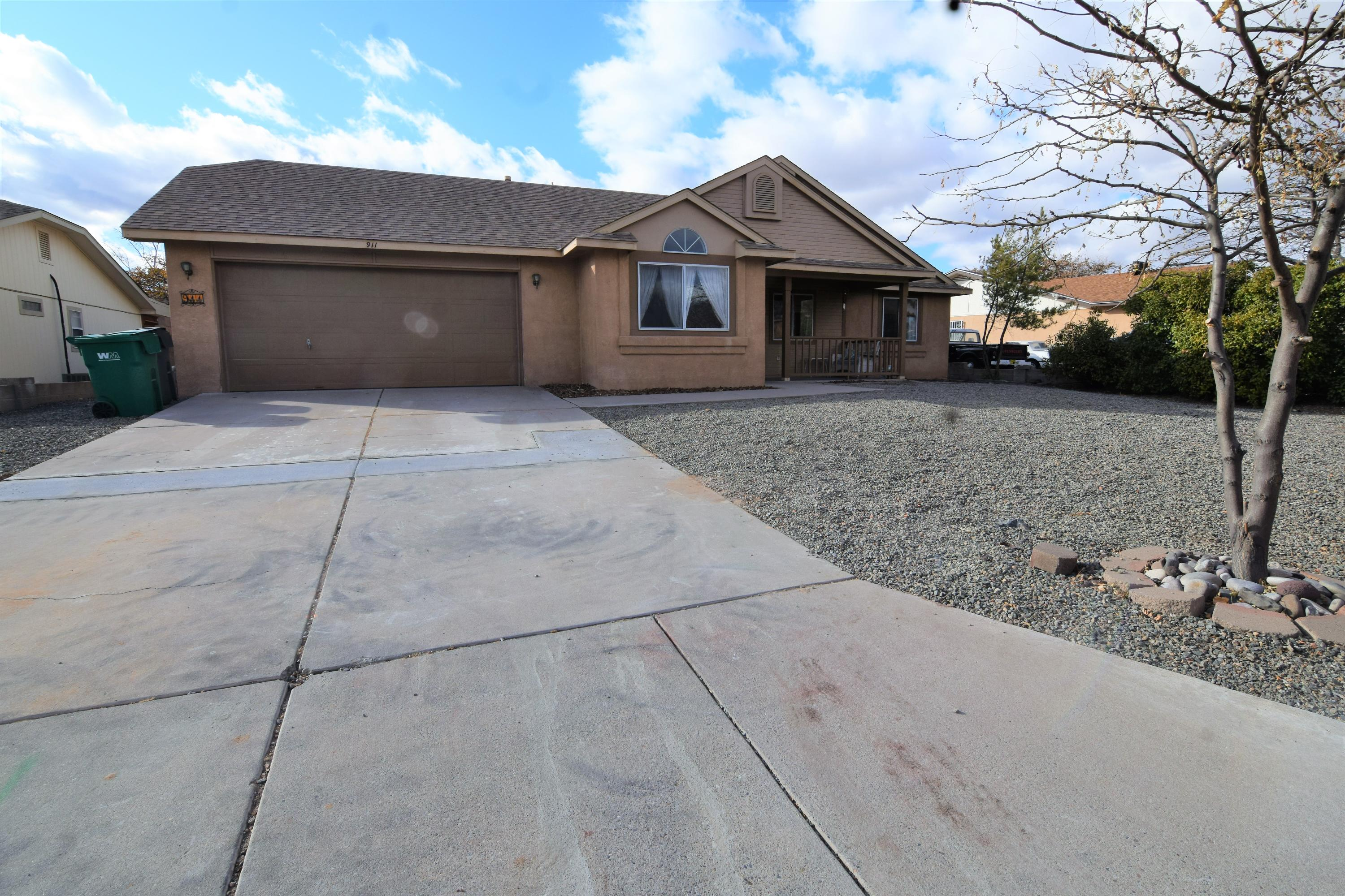 Charming bungalow in Western Hills with mountain and city views!  Close to shopping, dining and entertainment!  Large backyard with covered patio!Updated kitchen, new dishwasher and water heater(2018) and updated flooring. Large living area  NO POLYBUTYLENE  PIPE (11/2020) This one will sell FAST!
