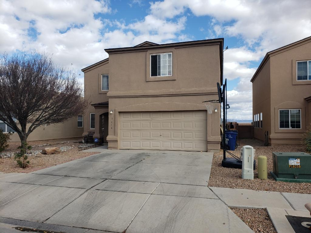 Beautiful Vantage Home with 4 bedrooms 2.5 baths Loft, tile floors and two living areas.  Nice views from the backyard.  Fireplace for those chilly night.  Come see for yourself.
