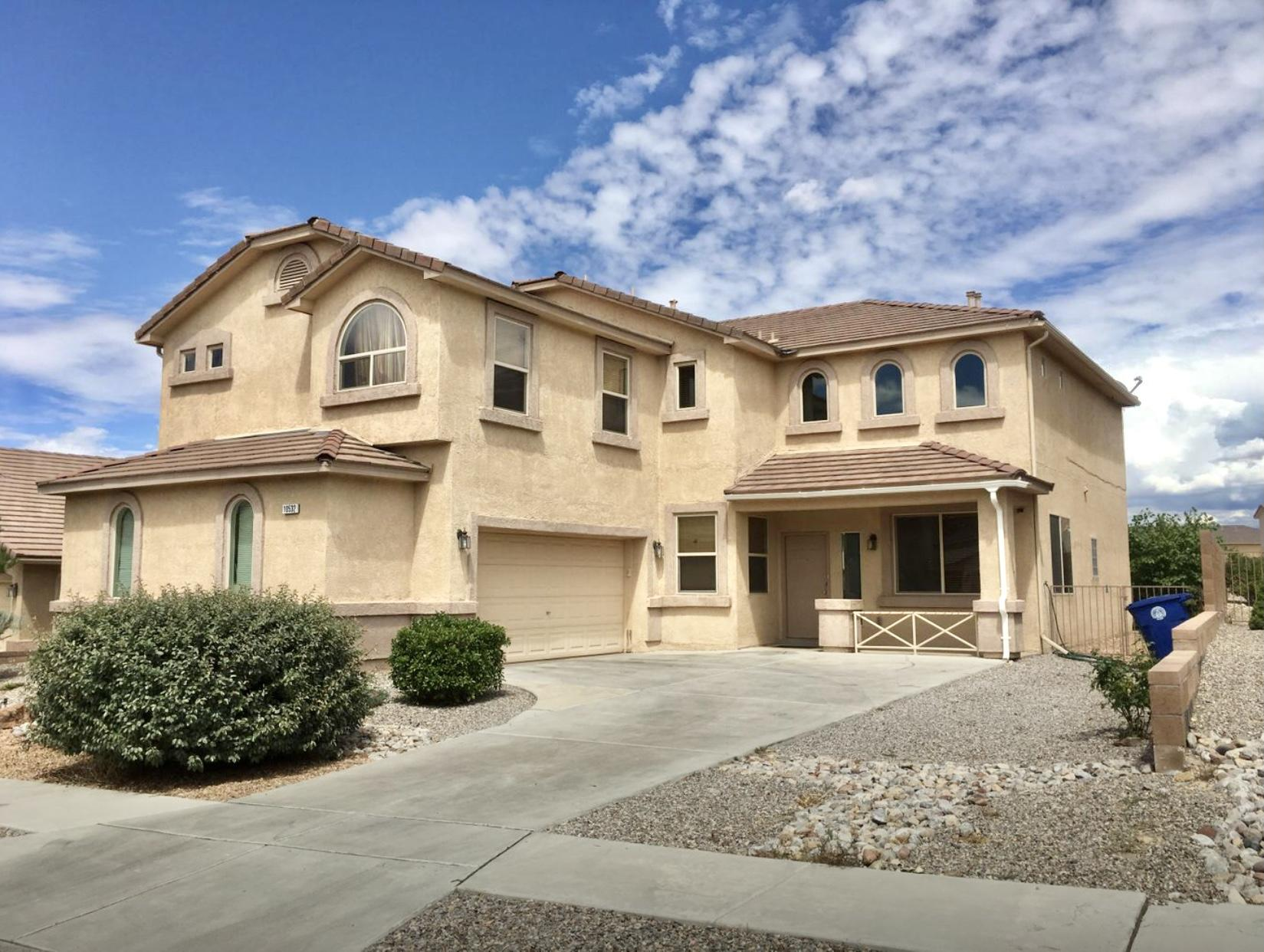 Wonderful Home in the Desirable Ventana Ranch Neighborhood! 4 Bedrooms plus an Office and a Loft. Oversized windows let in tons of natural light. 2 Living areas. Huge Master Bedroom with jetted tub and shower in master bath, plus walk-in closet. Downstairs has kitchen and breakfast nook plus dining room. Nicely landscaped Front and Back yards. There is a large Park at the beginning of the block. There is no neighbor directly behind the house, because there is a small park behind the home. Beautiful, Beautiful, Beautiful!!!