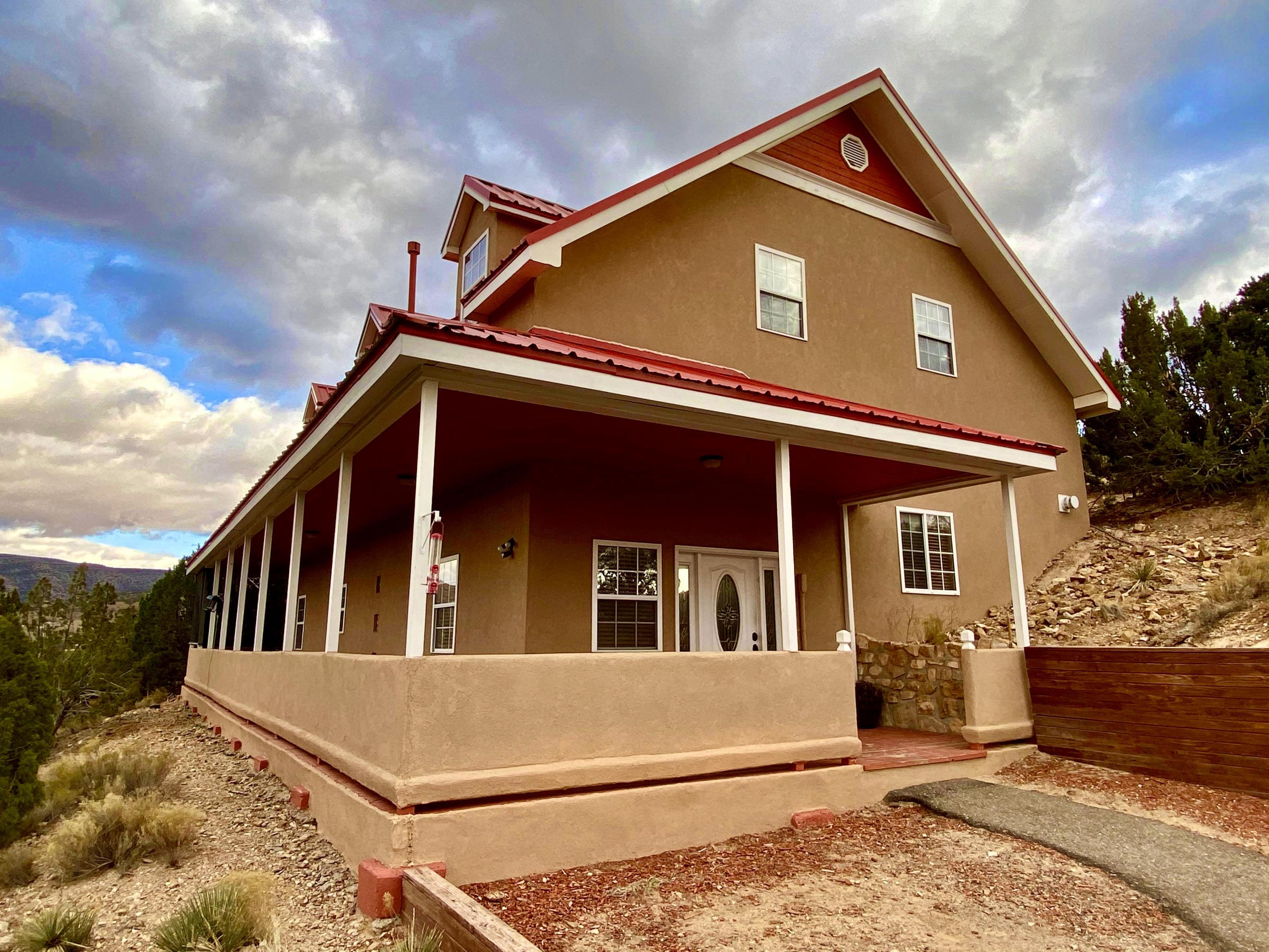 40 CAMINO DE LA BUENA VISTA ROAD, PLACITAS, NM 87043