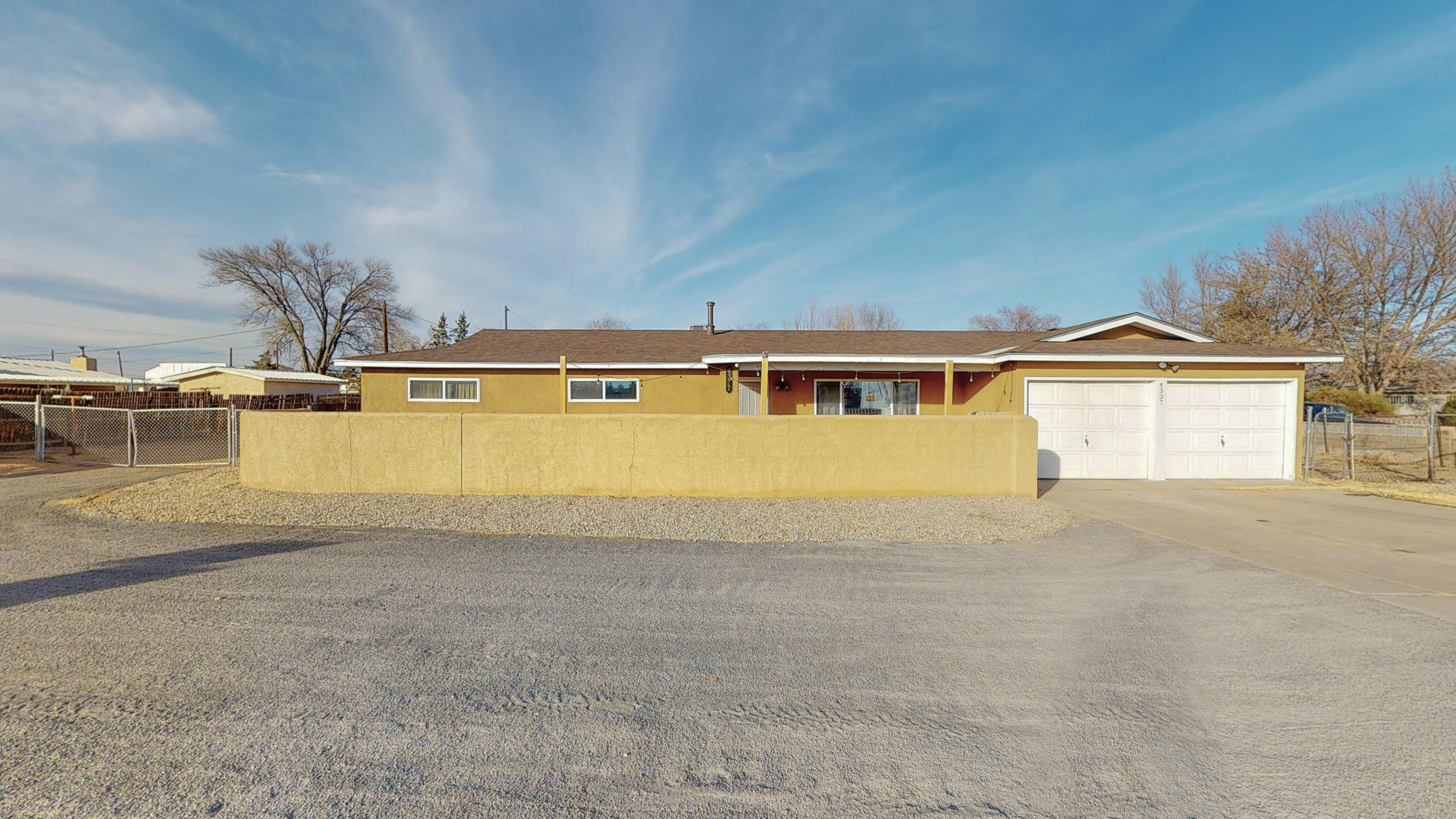 Immaculate condition, this home shows pride of ownership.  Beautiful wood floors,stainless steel appliances, Family room w/fp or 3rd bdroom.  ONLY ONE GARAGE DOOR WITH REMOTE.  Large storage shed on property.  Half acre with access.