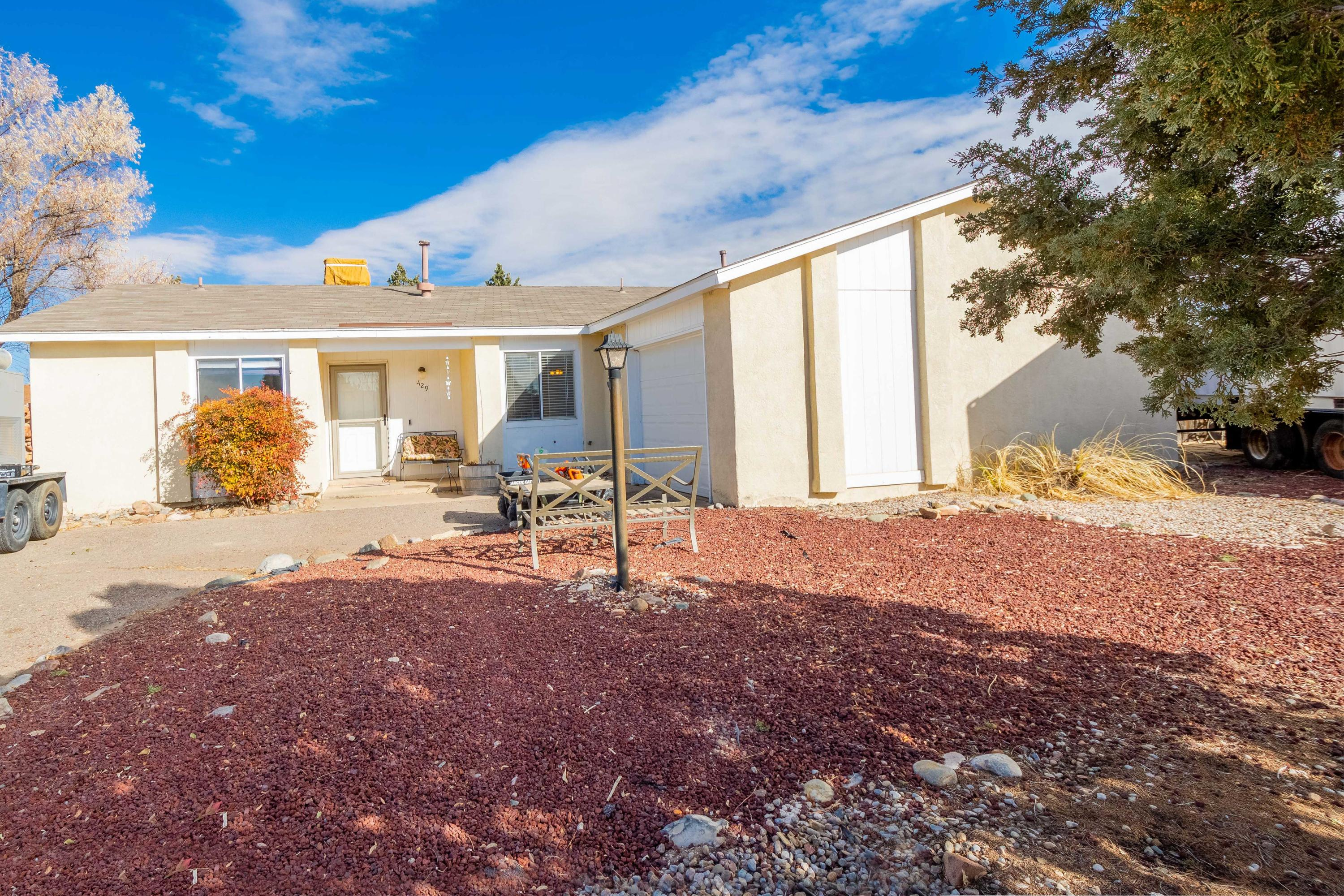 Check out this perfect home in Rio Rancho located near the intersection of Paseo Del Norte and Unser.  This beautiful home will sell fast!  Please make your offer today.  Buyers will be making a decision very soon.
