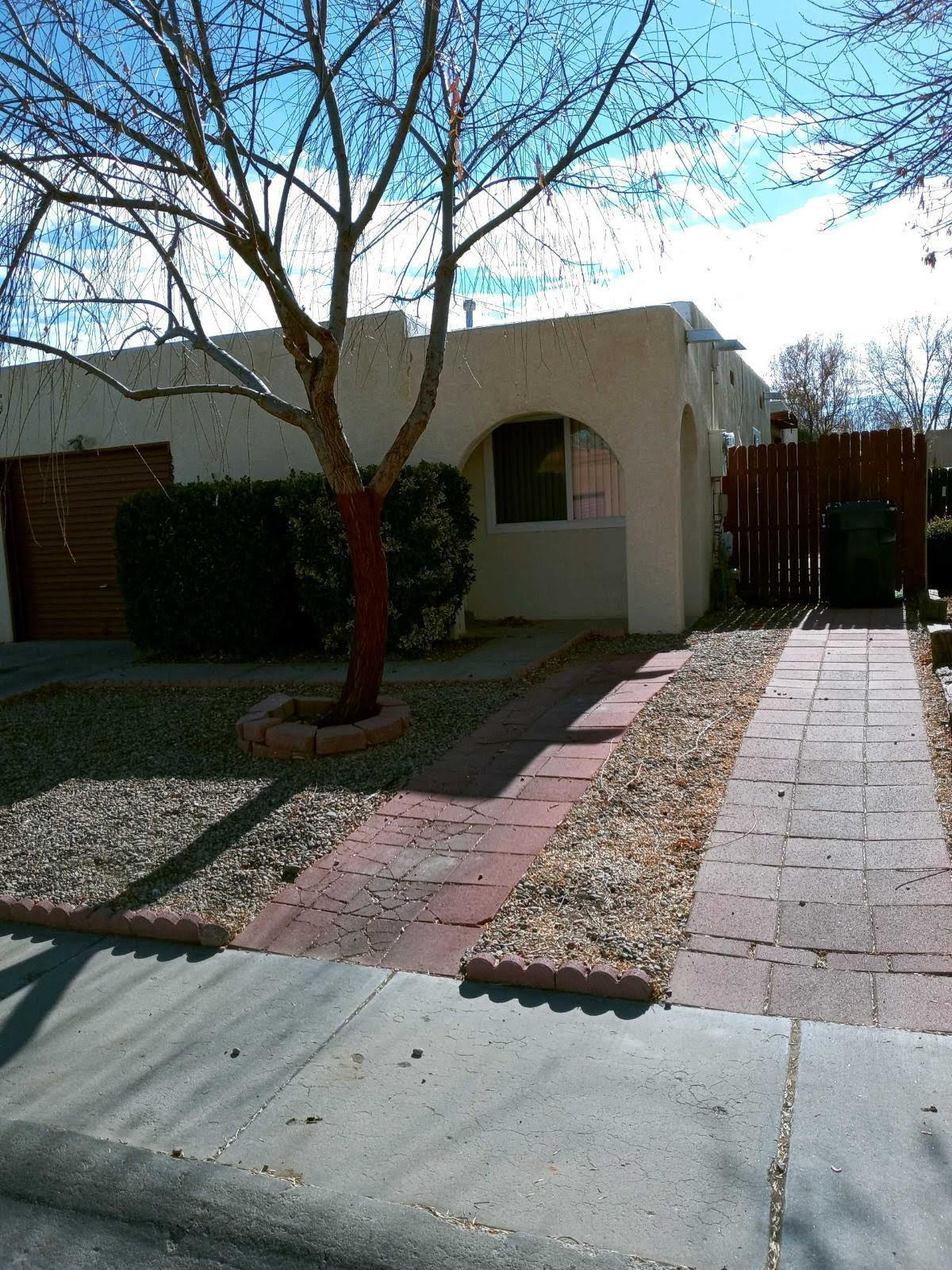 This is a perfect for a first time home buyer or as a rental property. Generous sized bedrooms. Side patio, with high fenced back yard. Roof was recently replaced, and inside has been freshly painted. Located in the heart of Los Lunas,  close to schools, shopping, and I25 access.