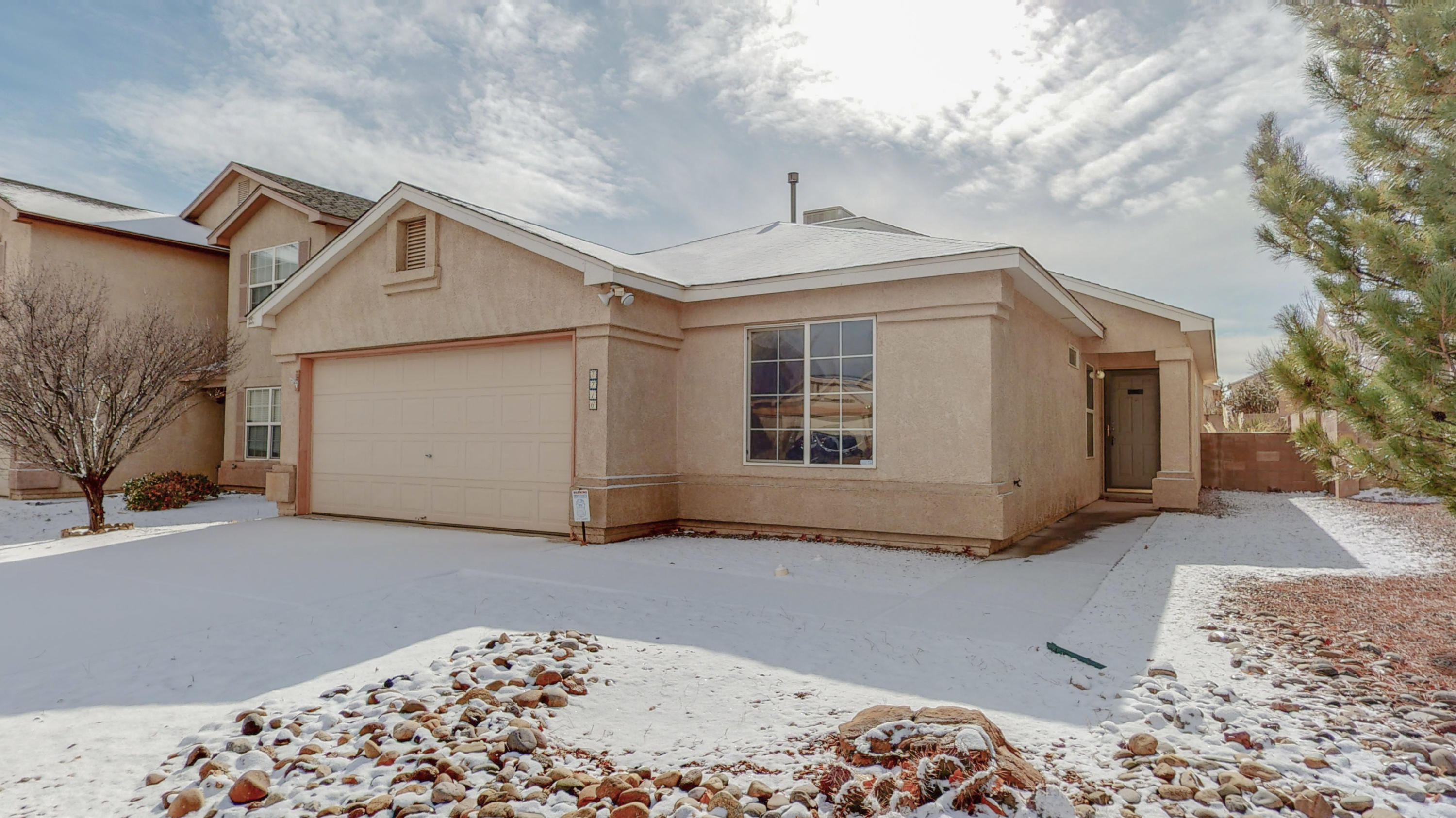 Open House Saturday 1/30 from 1- 3 pm! Located in desirable Ventana Ranch! Soaring Ceilings and lots of Natural light welcome you as you enter your new home! The open concept floor plan is perfect for making memories and gathering with friends and Family! Cozy up the the gas log fireplace while the snow melts away outside. Enjoy cooking your favorite meals in the open kitchen while you gaze out the Bay windows of the breakfast nook.  Updates include Fresh paint,, new flooring and new blinds. Relax after a long day on the spacious Back patio and enjoy the low maintenance Landscaping. Take a virtual Walkthrough tour today or schedule a private showing starting Thursday ! Hurry, this on won't last long!!! All offers will be reviewed on Sunday 1/31 at 6 pm.