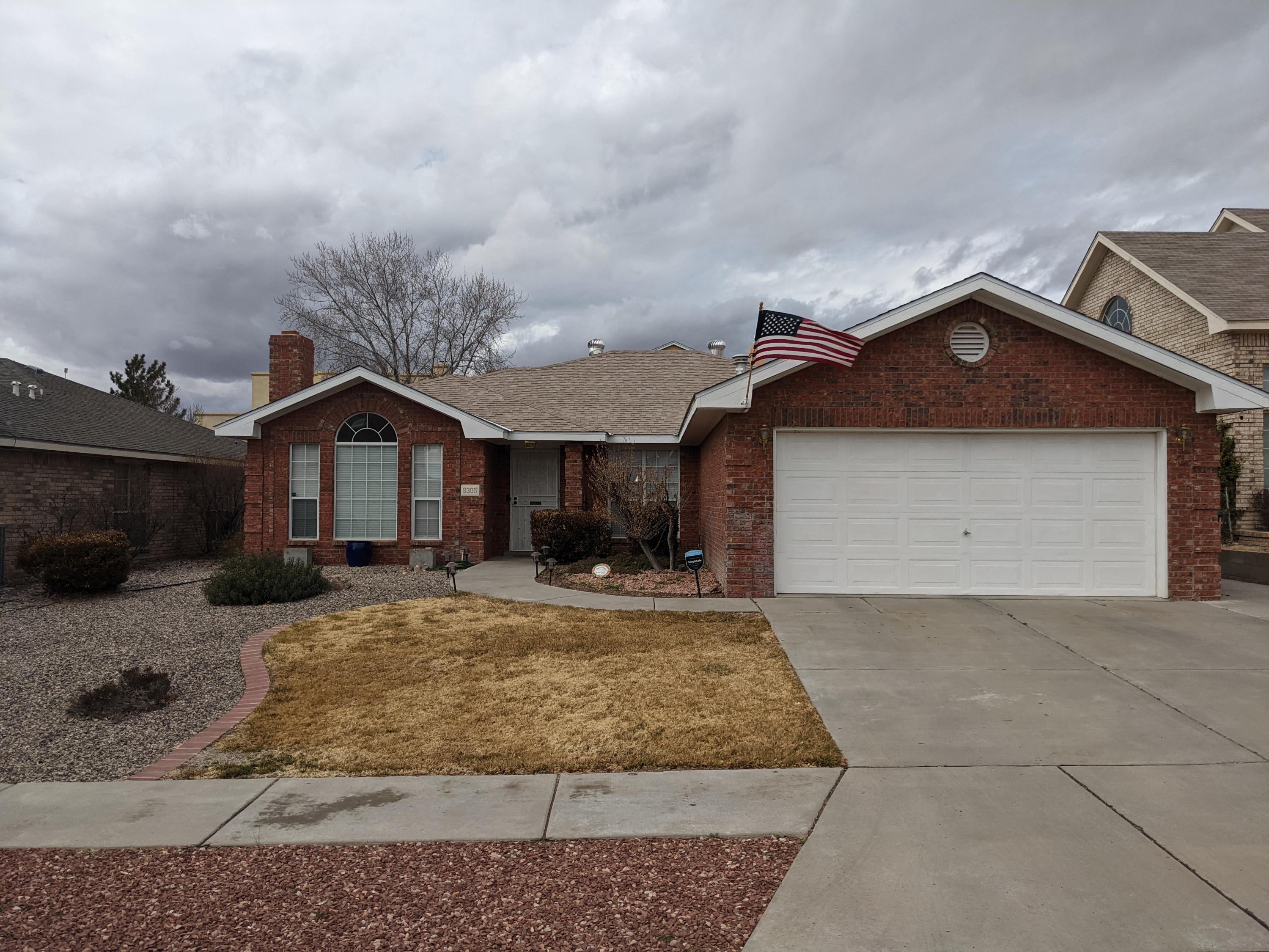 Beautiful 4 bedroom single story home conveniently located on Albuquerque's westside. lots of updates.