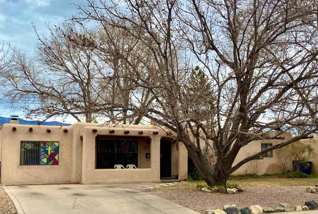 **Must See** VACANT and MOVE IN READY! Beautiful home in ABQ Uptown, Huge addition of Master en suite, huge bedroom and master bath with wall mounted TV and walk in closet with separate 5' shower, jacuzzi tub, and separate toilet area.  Upgraded country kitchen with granite countertops and large island including wall mounted flat screen TV, and stainless steel appliances. LOTS of cabinet space. LG stainless steel refrigerator is 6 months old. Brand new evap cooler was used for 1 month before winterizing. Big back yard with large gated off dog run. Private above ground 9x18 pool to enjoy in the warm summers with new heavy duty pump included. Fully landscaped backyard will be your private oasis! All wall mounted HD flat screen TV's stay with the home!!!