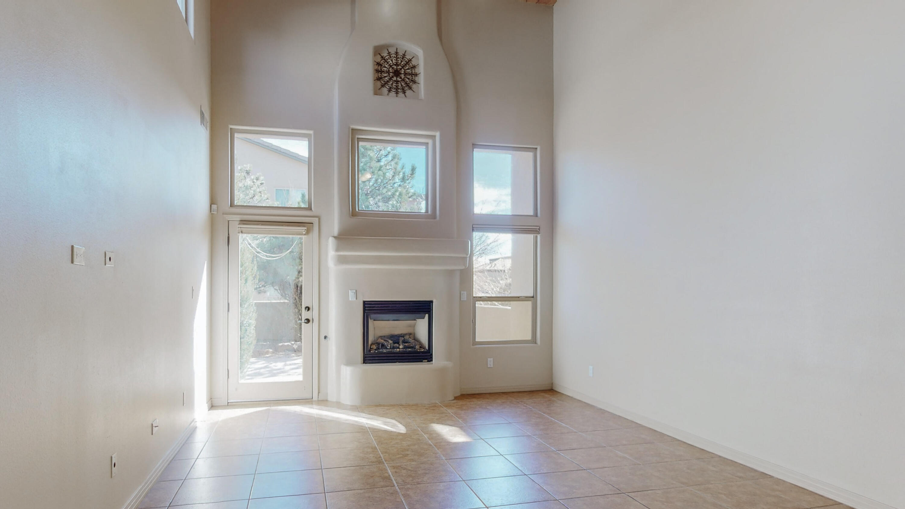 Great location in La Cueva Hi district! Elegant, gorgeous luxury condo in fabulous gated community. MBR is downstairs! Beautiful, open kitchen & greatroom. Nice master BR w/ lovely bath. Fabulous back yard! Great room is open & airy & bright. Kitchen is ready for any chef. New AC combo unit(2020), Newer water heater(2017), All the appliances stay.