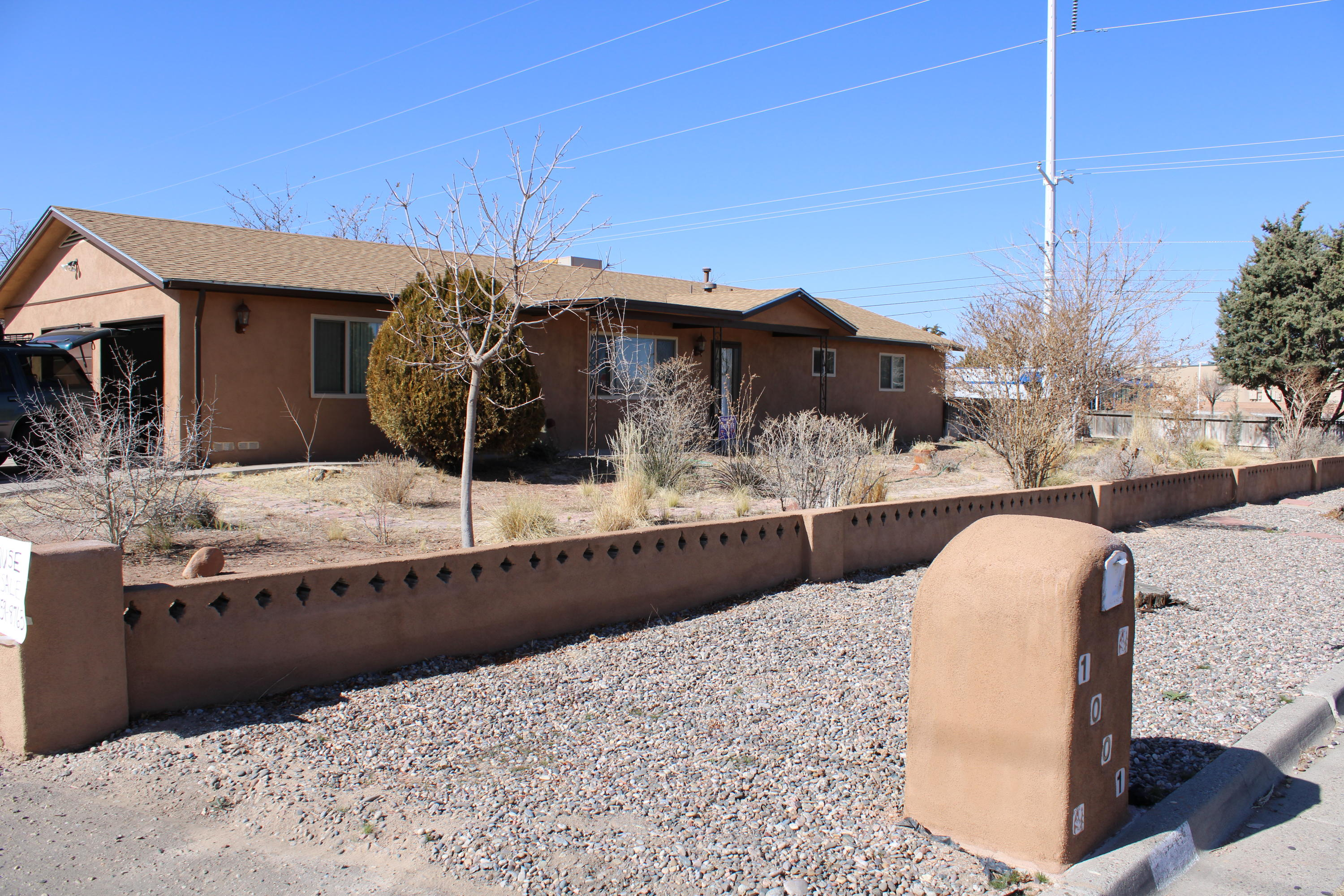 Located on a large corner lot, this lovely 3 bedroom home has a spacious living room and dining room. Kitchen has been remodeled with updated cabinets and refinished counter tops. Baths have been remodeled with updated fixtures, mirrors and vanities. Home has been recently painted and has new carpet. 300+ sqft finished, heated and cooled sunroom provides additional living space. Large 2-car garage is also heated and cooled. Long driveway could be extended to add room for RV or boat and access to backyard.