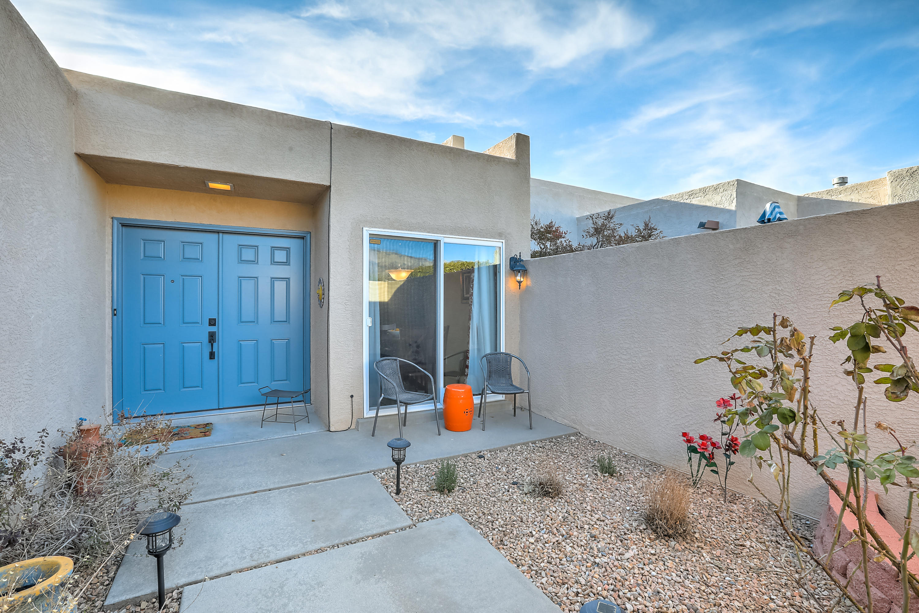 Located in the coveted Bear Canyon neighborhood, this turnkey Mossman townhome embodies urban living at its finest. Walk to shops and restaurants or enjoy your morning coffee on the patio with gorgeous mountain views. The open floor plan is appointed with high ceilings and a wood burning fireplace; teeming with natural light. The luxurious master suite has french doors, patio access, dbl vanities and large walk in closet. A neutral color scheme allows for personalization. The second bedroom is private with a large window and dbl closets. Established, low maintenance landscaping. Other upgrades include designer tile, refrigerated air, stainless steel appliances, Pella windows and doors, a NEW TPO roof, newer water heater, oversized finished garage with epoxy floors and so much more!