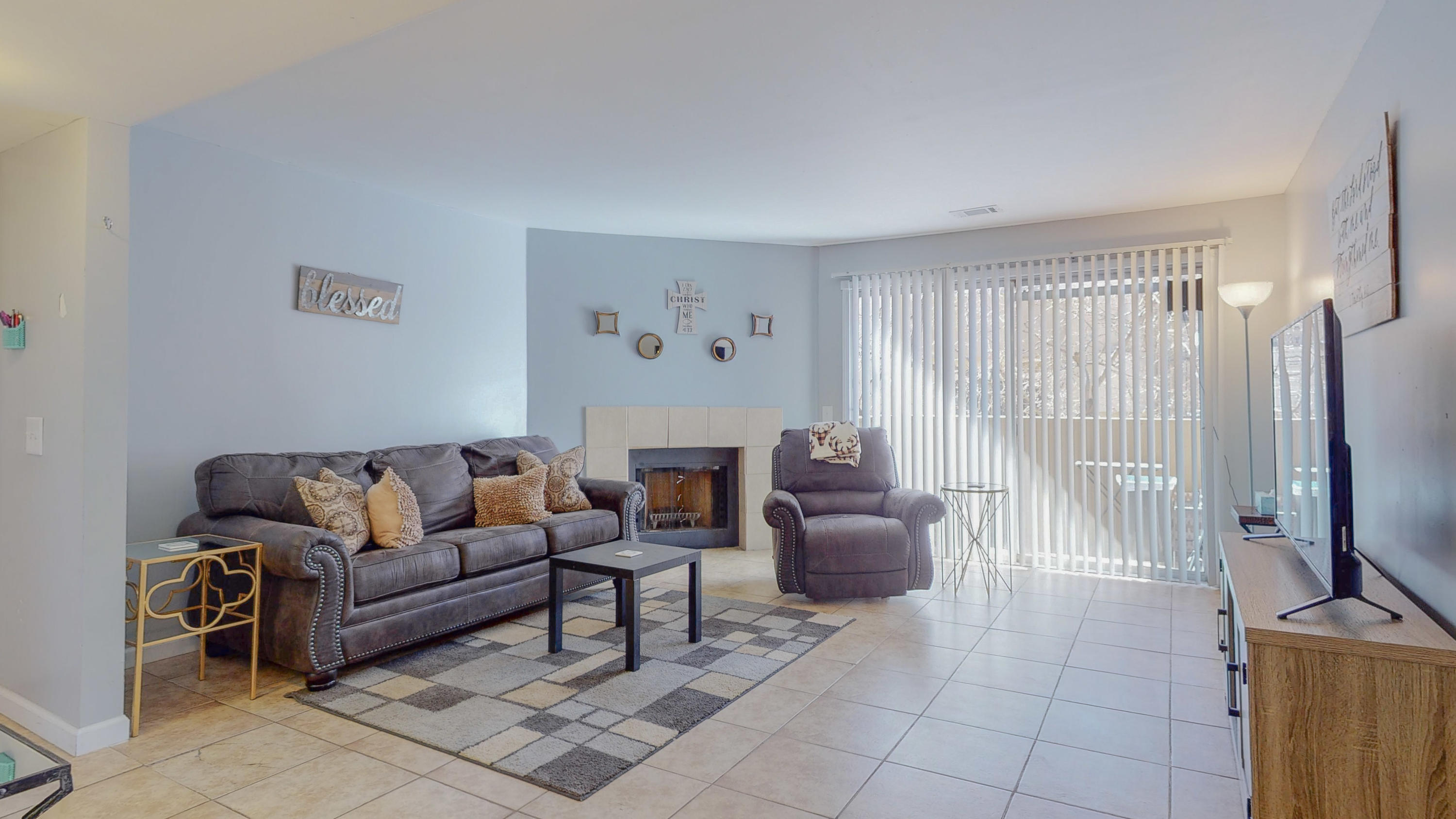 Welcome to an amazing unit in A Gated Communty with Pool and Clubhouse. Communtiy offers Security patrol, two parking spaces, and Common area. This one bedroom one bath boasts of a open living space with a wood burning fireplace!