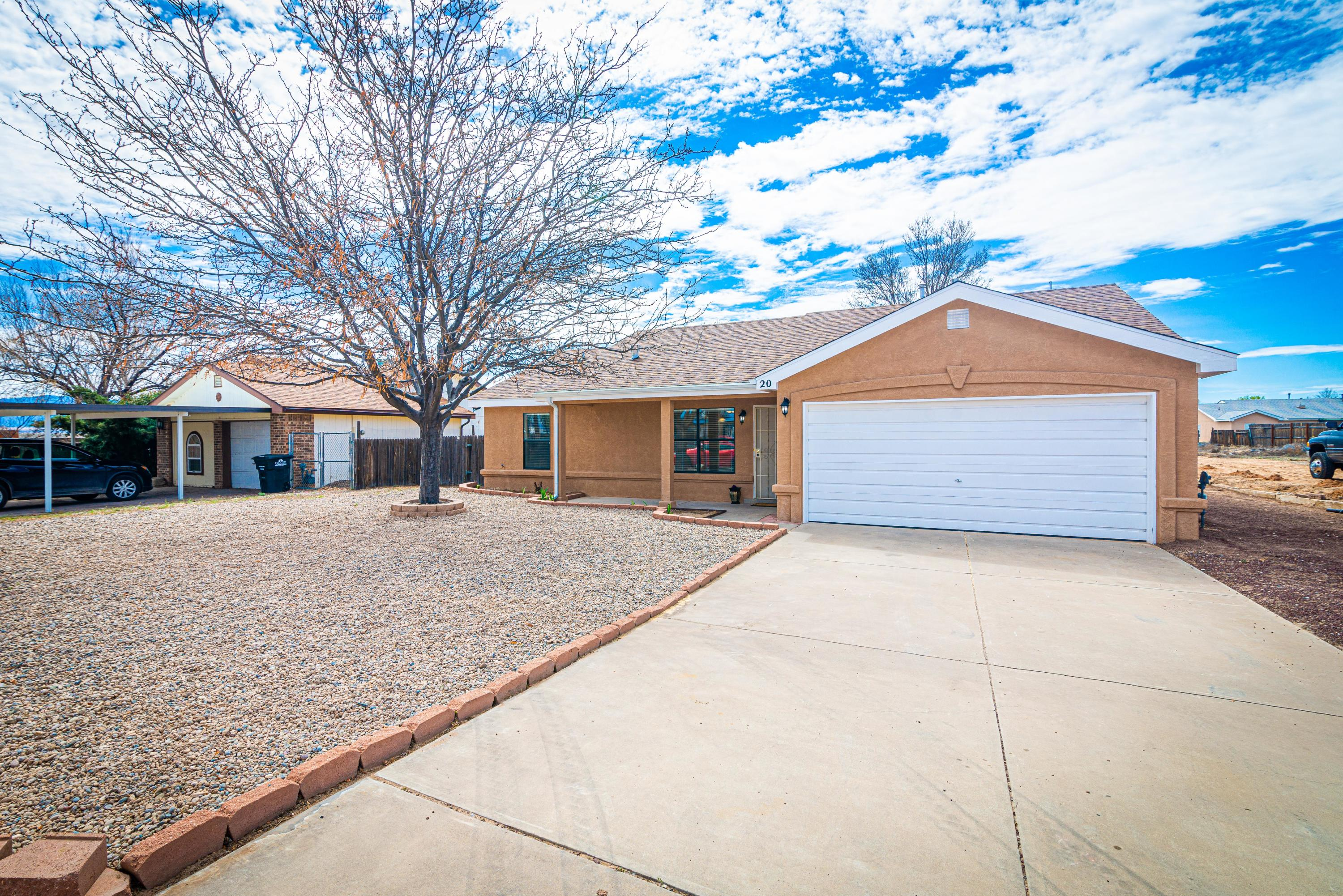 Gorgeous home sitting on a cul-de-sac awaits a new owner! Come see all the beautiful features both inside and out. Three bedrooms with a split master bedroom. Master has a walk-in closet and full bathroom. Open floor plan with bar separating kitchen and living room. Large back yard and storage shed.