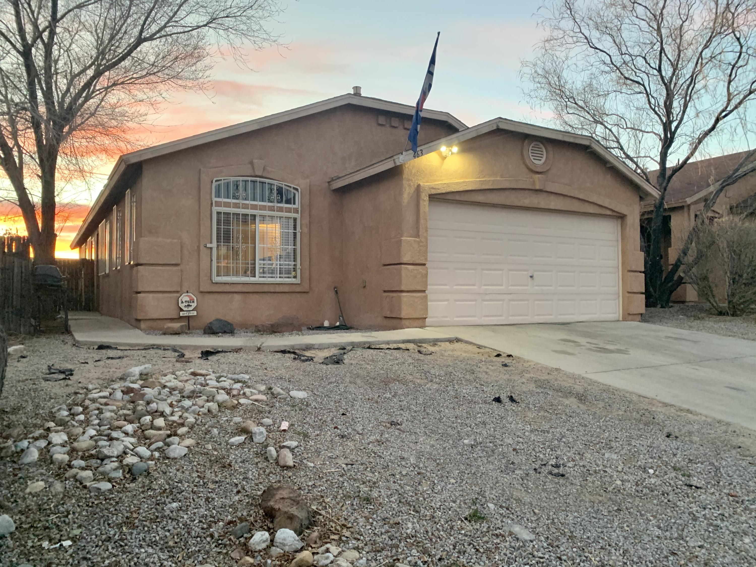 This home has two living areas, bar or office area in the living room, vaulted ceilings, niches and tile throughout main areas. Master bedroom has a huge garden tub and separate shower with walk in closet. The secondary bedrooms feature ample space. Updates include raised and newly stucco/painted privacy wall. All appliances, swamp cooler, and water heater are less than 5 years old.