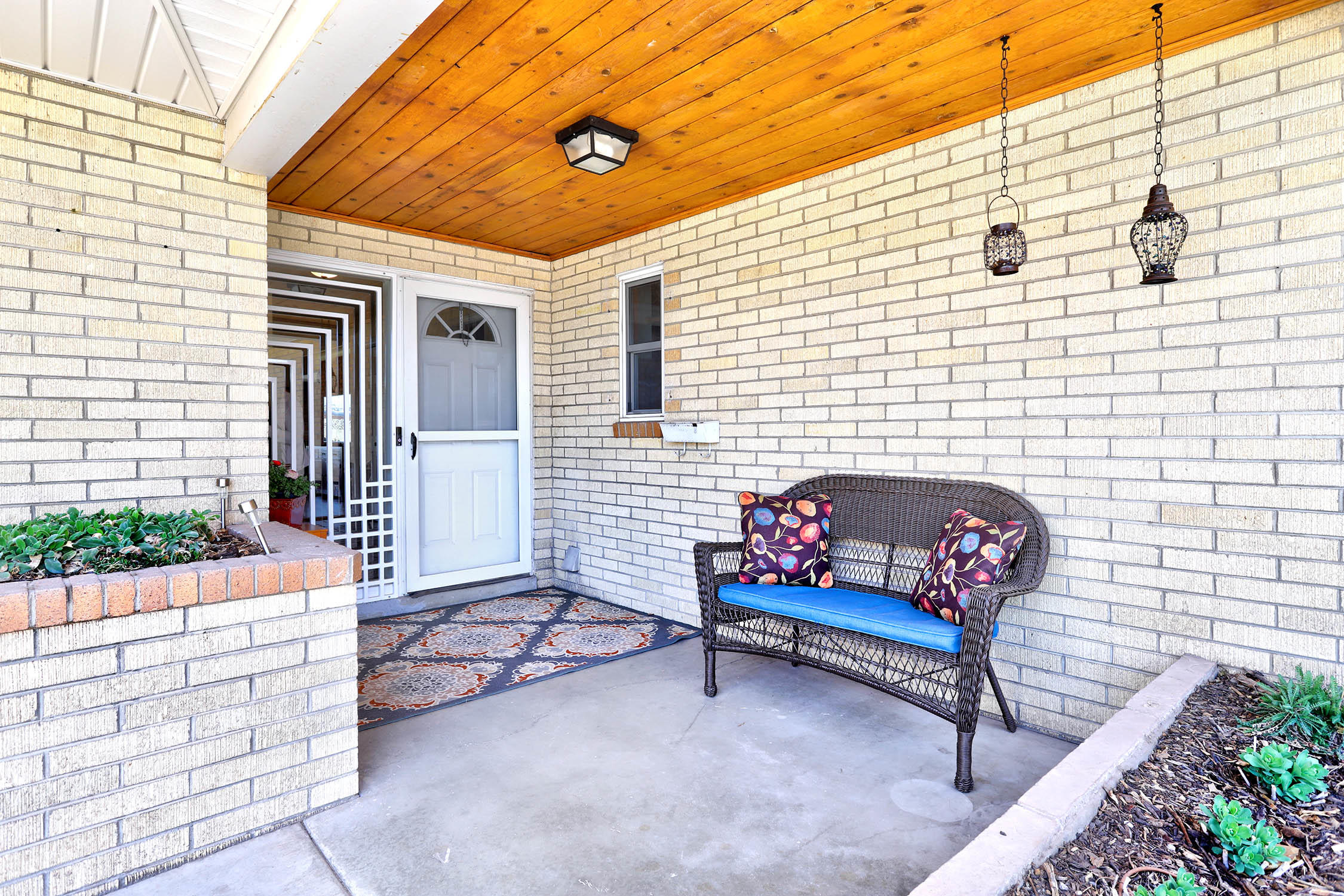 Here's your chance to own a lovely, established home in the heart of Albuquerque. This midcentury ranch has hardwood floors, spacious rooms, a breakfast nook, walk in closets, covered patio for dining, custom xeric landscaping, refrigerated air, gas firepit, AND separate living, dining, and family rooms so everyone can have the space they need to enjoy living or working in this beautiful, comfortable space. Major items including roof, sewer and water lines have all recently been updated. You'll feel the love and care that's gone into this home as soon as you step onto the wide covered front porch. Located on a wide street with friendly sidewalks, surrounded by mature trees, this home is the sum of its parts and more: come see it today. You will not be disappointed!