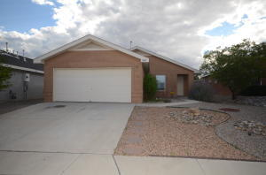 Desirable Ventana Ranch Community! Single story 3 bedroom with 2 full baths. This home has a great room with gas fireplace, spacious kitchen with attached dining area that opens to the back yard.Landscaping is very easy care both front and back.  There is a brick paver patio in the rear yard with raised garden beds.  This neighborhood offers parks, an elementary school and community center.
