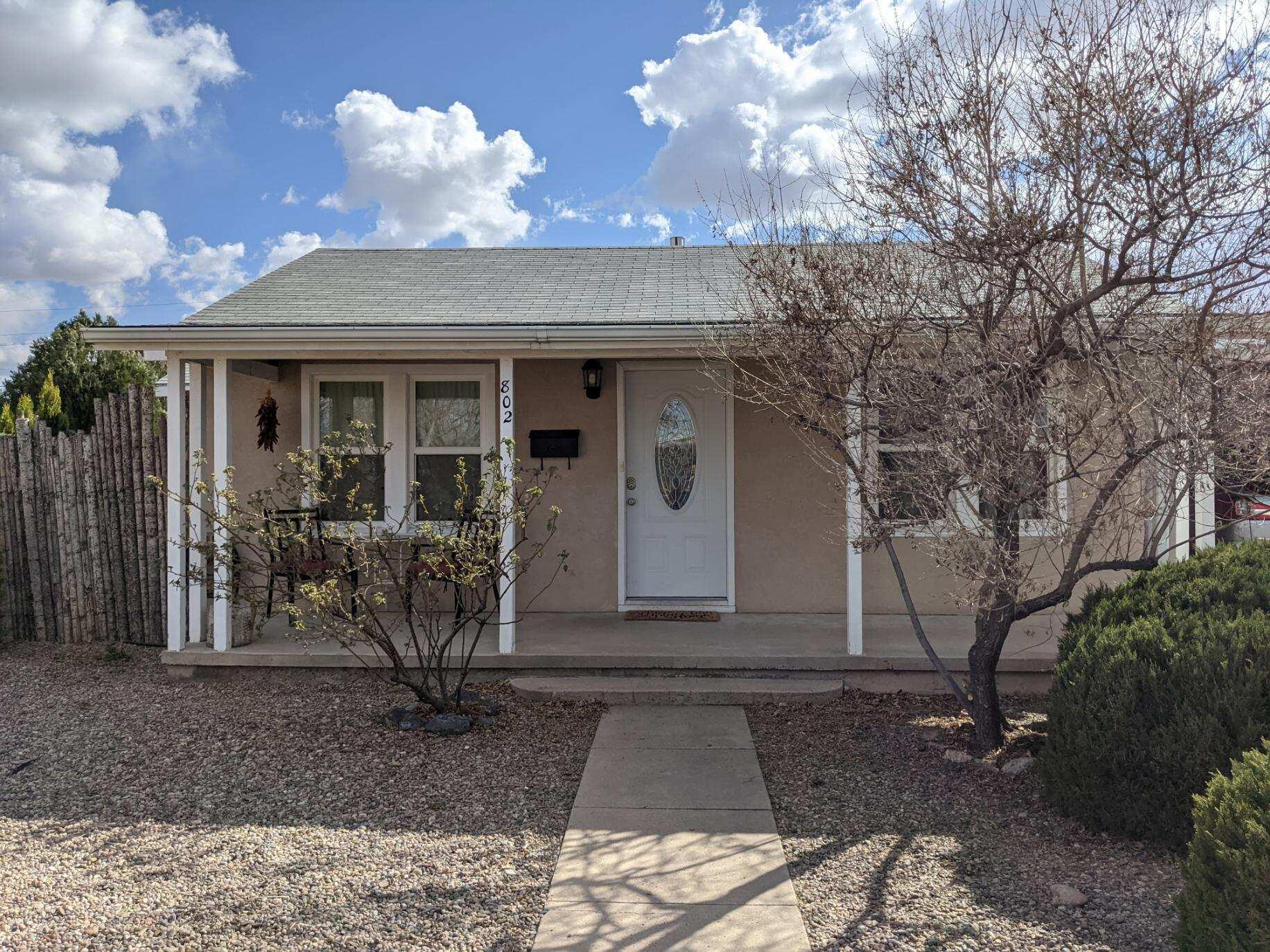 Don't miss your opportunity to make this beautiful North Valley gem your new home.  Located on a corner lot in the North Valley, this charming home won't disappoint.  It has been meticulously cared for and is ready for you to move right in.  The outside space is perfect for enjoying the gorgeous NM weather.  Schedule your showing today, this home wont last long.