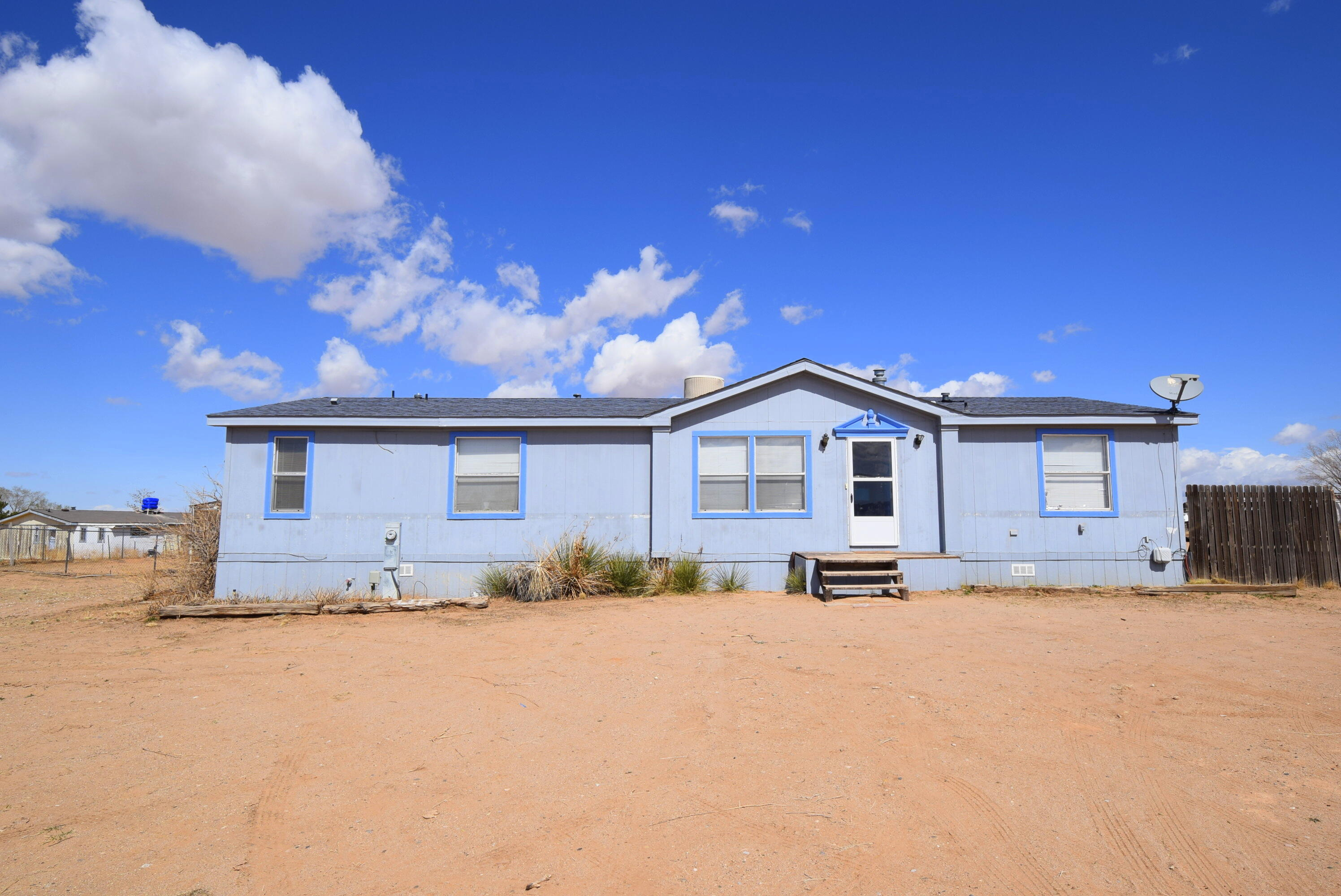 Perfect opportunity to live the country life. Lots of potential in this 3 bedroom/2 bath home in Meadowlake. Lots of room in the fully fenced, huge yard. House is being sold as-is.