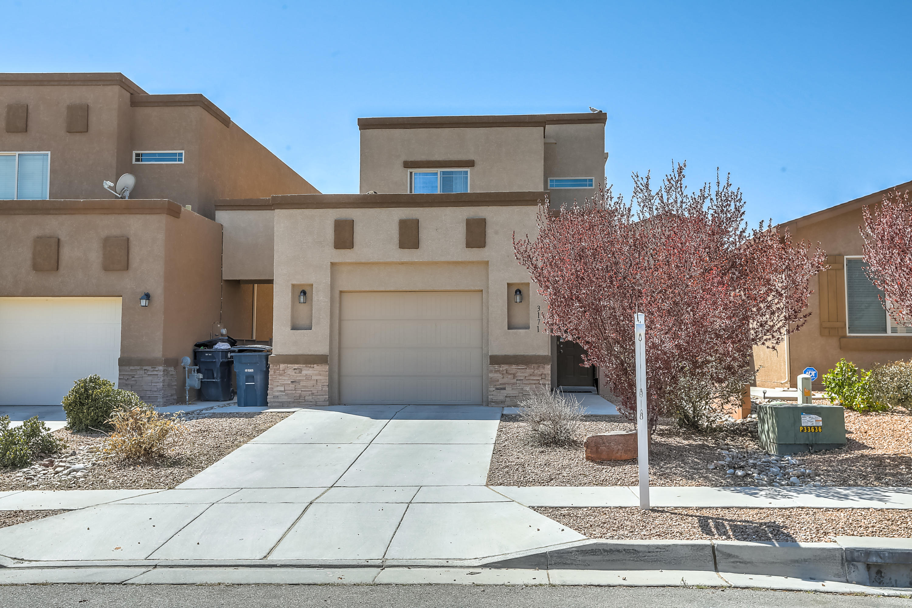 Beautiful D.R Horton home located in Sandstone Trails. Home features a large great room and gourmet kitchen with birch cabinets, spacious bedrooms, tankless water heater and much more!