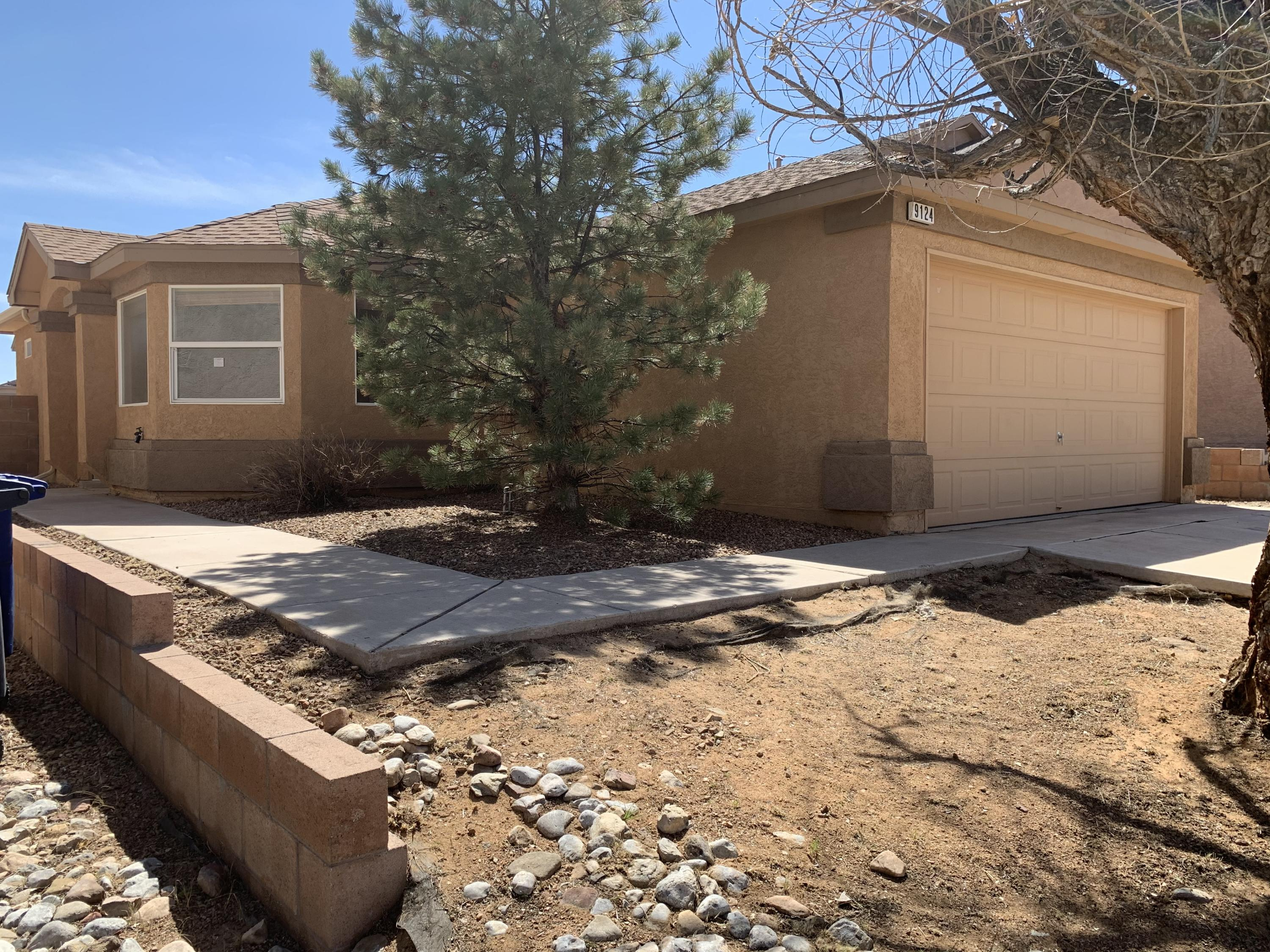 'Under Contract Taking Backup Offers',Here is a great opportunity for some sweat equity. This home has a great, open floor plan. This gem features 3 bedroom, 2 baths, and a 2 car garage. Located in a gated community, close to stores, schools and highways.