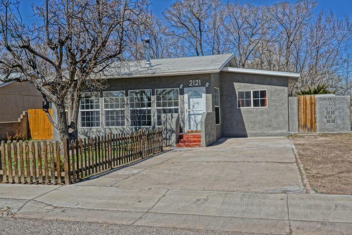 OPEN HOUSE SUNDAY 1-3 Private, Quiet dead end street in the heart of North Valley.  Front room has wood burning fireplace.  Spacious kitchen. Lots of natural light and nice sized bedrooms.  $2000 carpet allowance with acceptable offer. Show this home any time Sunday from 9-5 and Monday from 9am-7 pm