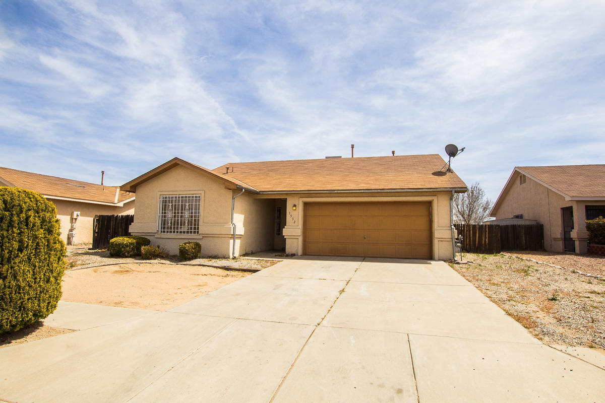 This cute home is perfectly located in Albuquerque's Southwest Heights. Easy access to I-40.