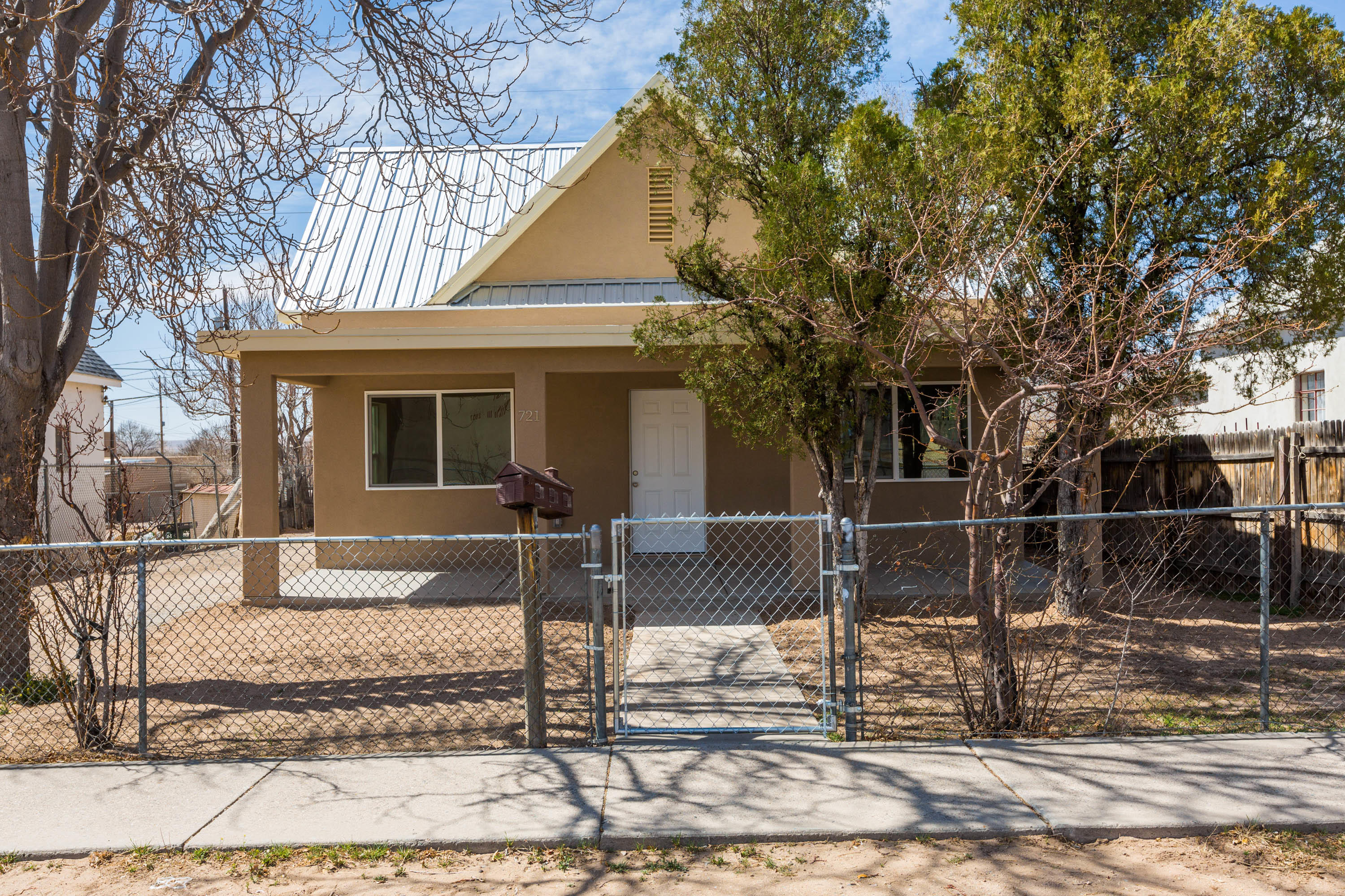 Beautiful custom home in Downtown ABQ. It is a three bedroom two bath. Brand New everything! New combo unit and tankless water heater. Home does come with brand new stainless steel appliances.