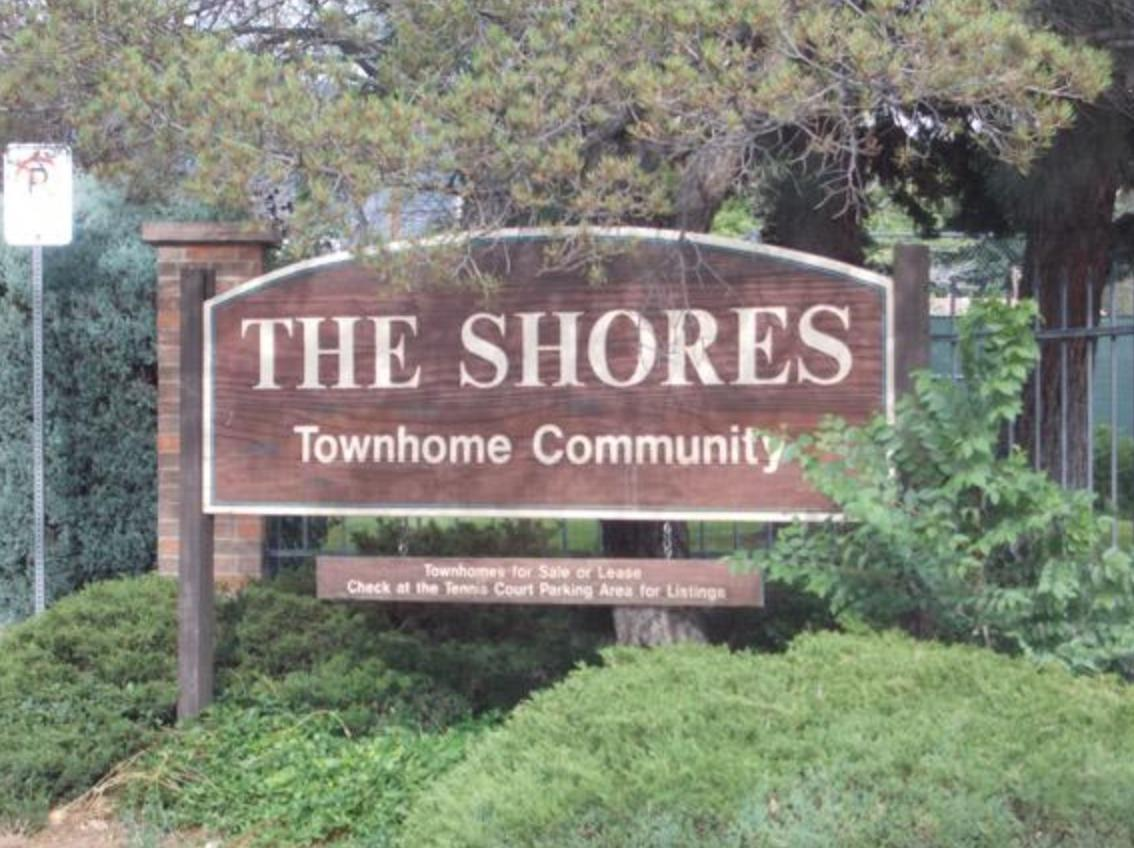 Come take a look at one of the bigger townhomes at 2080 sqft. It boasts 3 Bedrooms and 3 Bathrooms with a 636 sqft finished basement that could be an office, den, or a 4th bedroom with a bathroom. The open plan kitchen and living room on the ground floor brings the family together offering a roomy everyday living space. Heating is central forced air and cooling is central refrigerated air. Solid core doors, baseboards, tile floors, and more. This property has so much upside potential. It is move-in ready or minor updates to make it your own. This will make a great family home in a great community. Great Location, Pride Of Ownership Great Home.The Shores Townhome Community is located on the east side of town towards the Sandia mountains. The Shores Townhome Community comes with many ame
