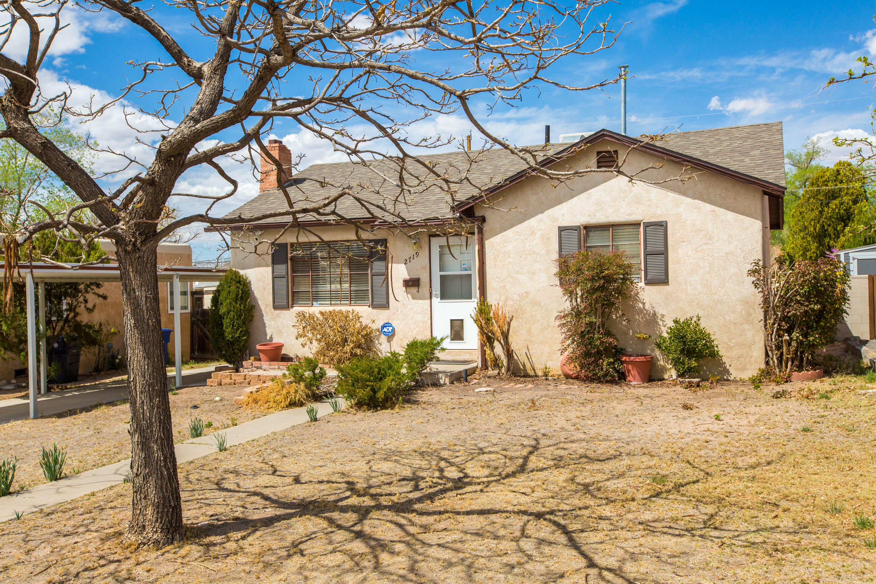 Great location near Hyder Park, Bandelier Elementary, CNM and the UNM campus! Mid-century home with fireplace, wood floors and dining room. Garage with storage room and extra large carport. Large patio area. A great opportunity to live in this popular neighborhood at an affordable price!