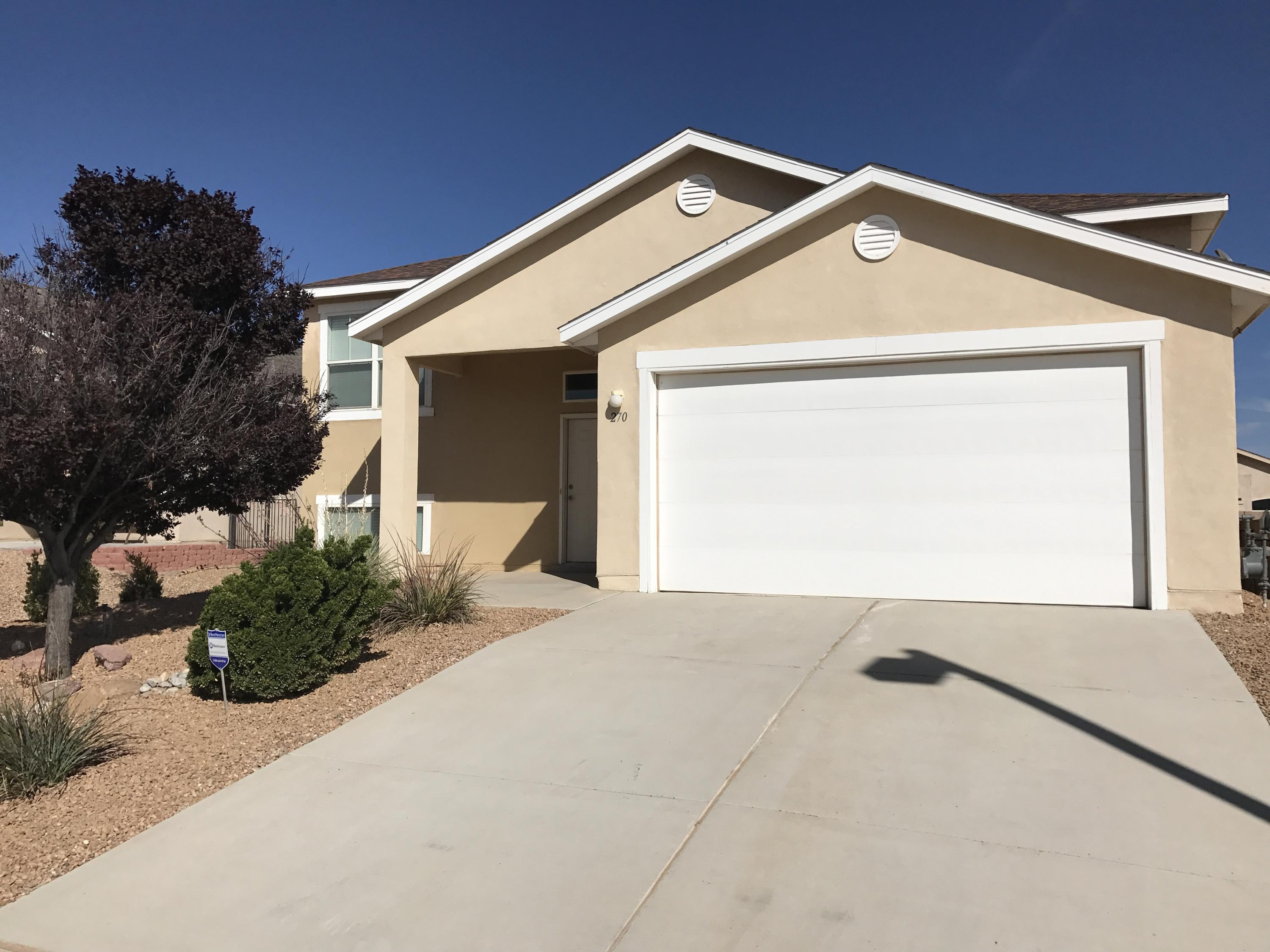Nice and roomy split level home in desirable Huning Ranch!  This one is close to the freeway, shopping, schools and churches!  Don't miss this opportunity for a large split floor plan and three full bathrooms!  Endless opportunities exist with all this room!  This home offers a second living area that can be used in so many ways!  Excellent views from the back deck, spacious back yard and it is nicely landscaped!