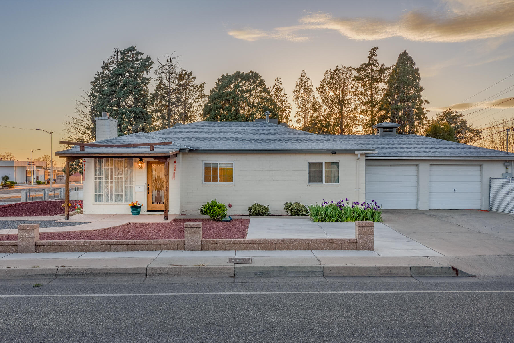 A must see hard to find Gem. Conveniently located near restaurants and shopping this lovely home has everything you could want. The kitchen is fitted with Quartz countertops and tile backsplash. Bathrooms have been remodeled. Fresh front yard landscaping. Huge .18 acre corner lot with backyard access to store your toys. Refrigerated air, 2 car garage. Home also includes a beautiful sunroom not included in the square footage. Schedule your tour today!!