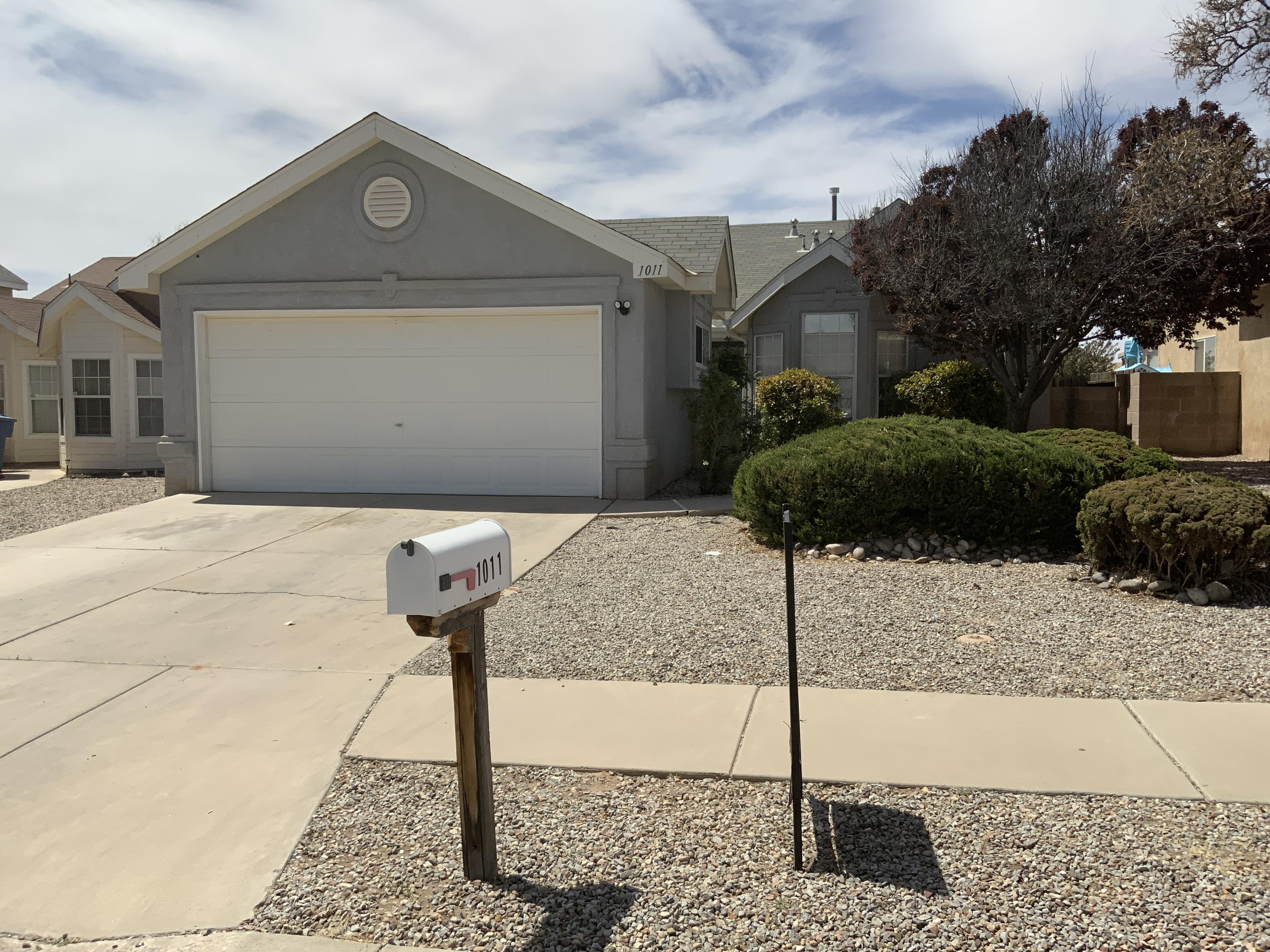 Get away from the hustle and bustle of the Big City. This home is an easy commute to Albuquerque. Great Location easy access to 1-25, Close to all the amenities The Village of Los Lunas has to offer. Welcome home to this 3 bedroom, 2 bath, 2 car garage Sivage Thomas home. This home has been freshly painted mid September 2020 and new carpet mid September 2020. Mature landscaped front yard, no neighbor to the rear of the home. Great parks and walking paths. This home is just waiting for your personal touch.