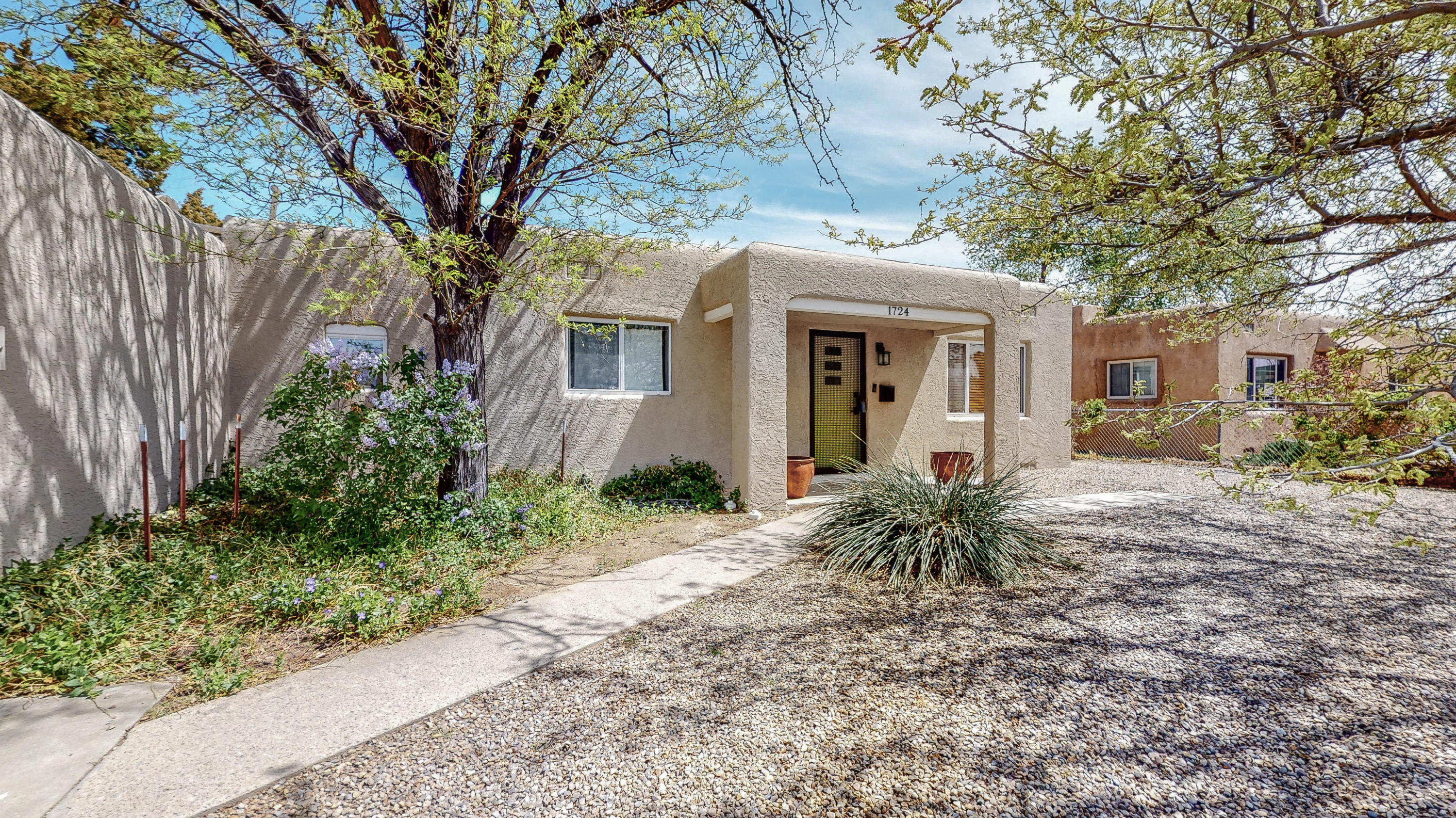 Welcome to this fantastically remodeled home! This gorgeous home lives like new construction and features a fabulously landscaped backyard. This great home was lovingly cared for and won't be available for long! Call today to make this home yours!