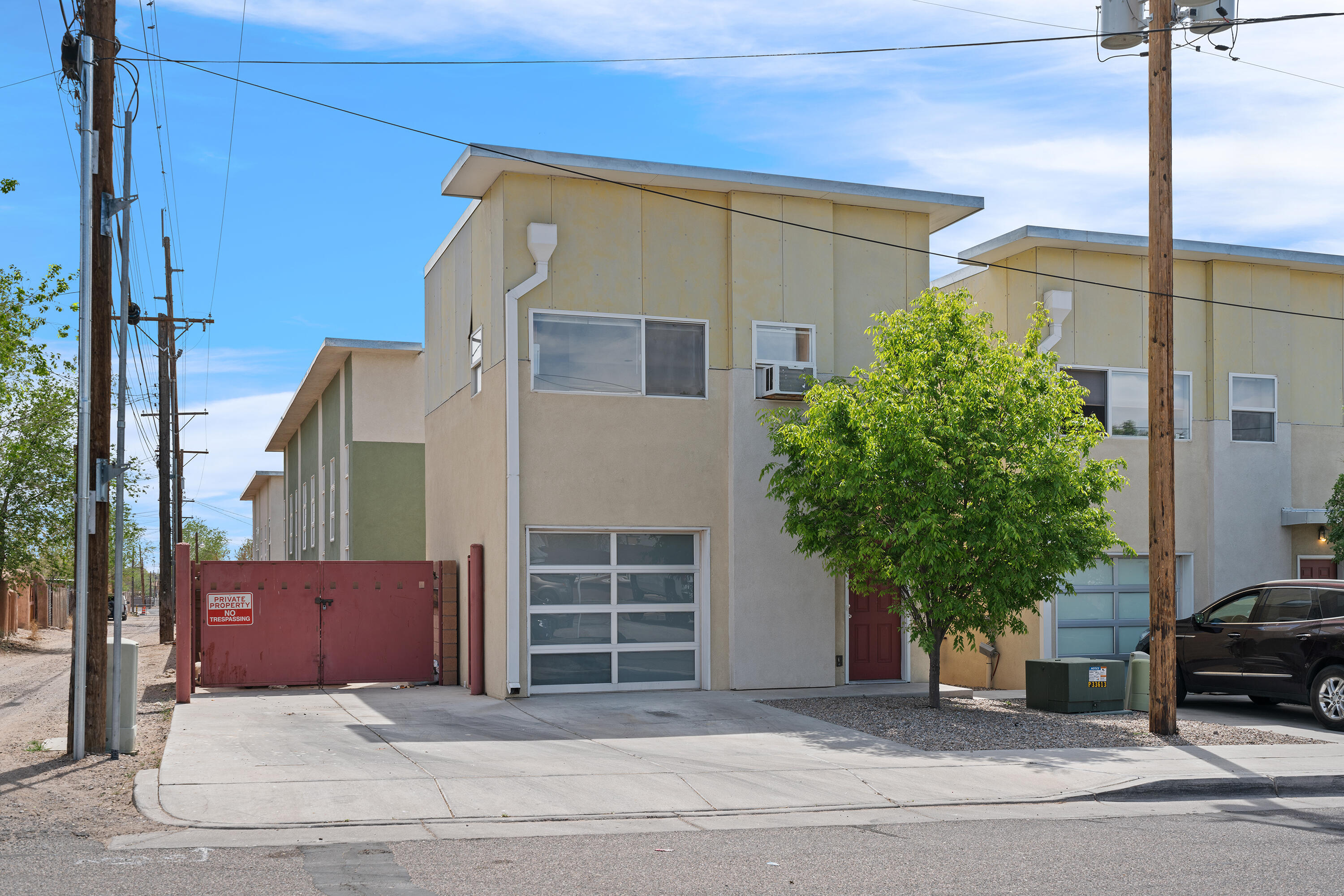 Conveniently located near central Downtown/UNM area, across the street from the neighborhood coffee shop! Boasting a beautifully open floor plan, this studio has a lot of natural lighting. Complete with a fully equipped Kitchen and downstairs a utility room with stackable washer and dryer. This condo is one of the few DETTACHED condos within this condo association and has its own garage and backyard. Garage has an electrical heater installed and previous owner used it as the bedroom and upstairs as living space! (Garage 13'10'' x 18'6'' 224Sqft) Come see this amazing condo and get creative with your new living space!