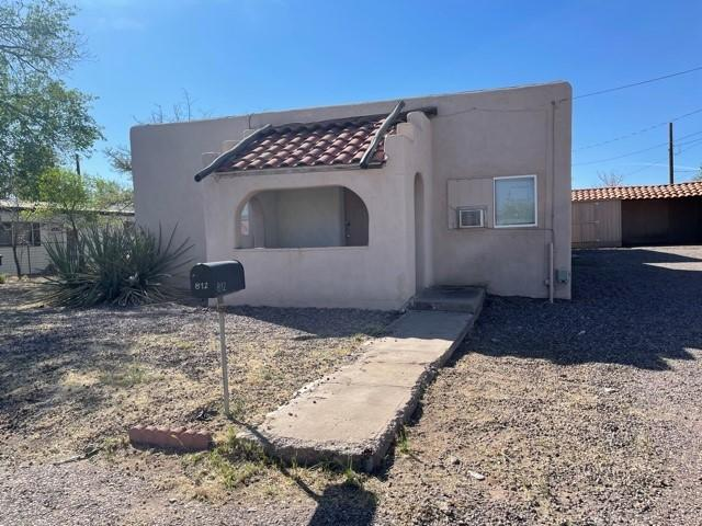 Love to Entertain?  This home has the most amazing room for all your entertainment needs.  Home has 3 bedrooms and 1 bath. Call Today to set up a showing.
