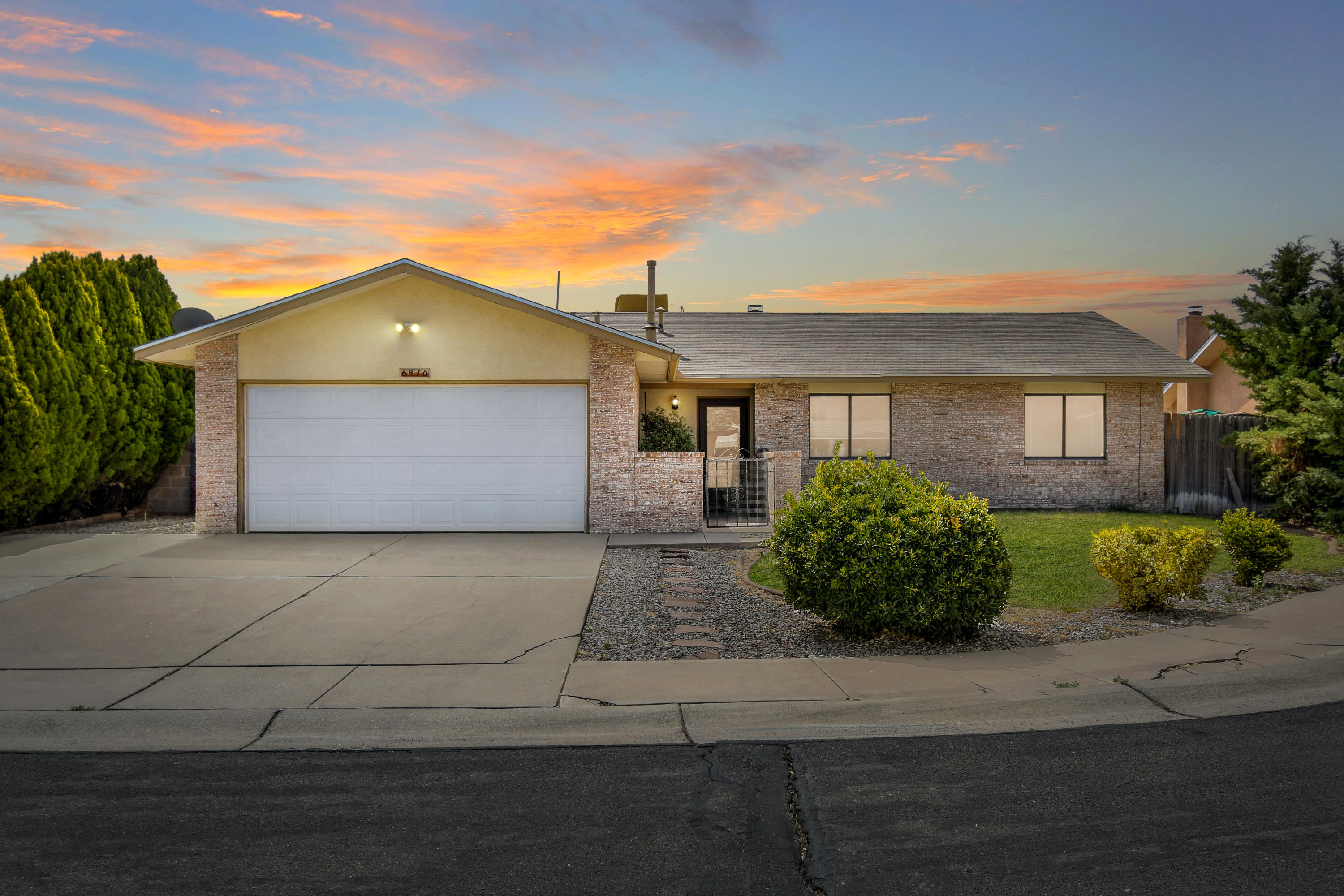 **No showings until Friday 04/23/2021**  4 bedroom 2 bath Westside home on a quiet cul de sac is move in ready!  This westside gem has a bright open floorplan with a great size backyard!  Located next to a park, dog parks, library and walking trails.