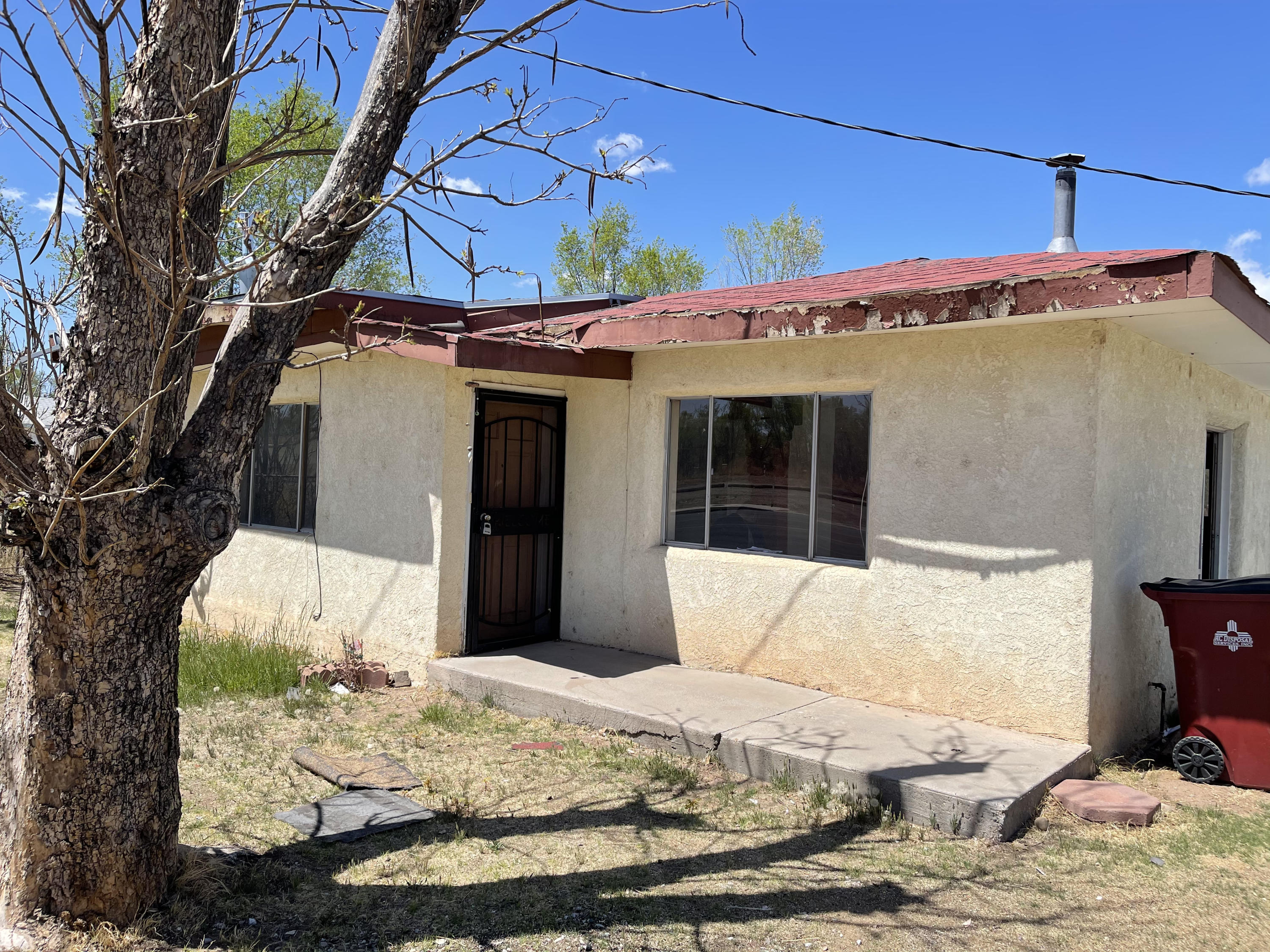 Calling all project seekers! This property has a lot of potential and can be your next awesome home! 2 Bed possible 3, Detached 2 Car Garage with Extra Workroom! Property is being sold AS-IS condition.