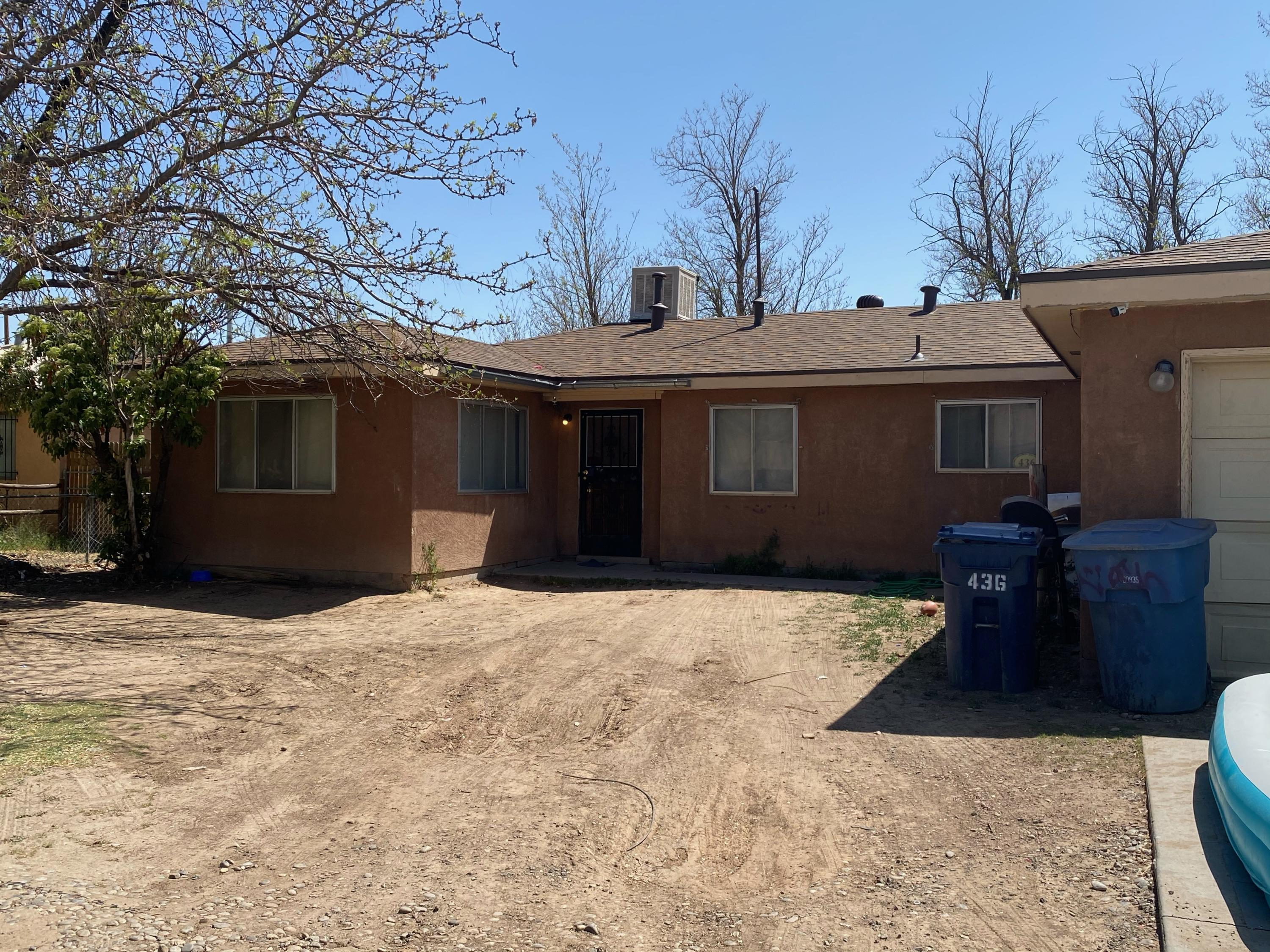 Come see this hidden gem in the heart of Los Lunas. With your personal touches, transform this house to your Home! With 2 bedrooms and 1 bath, and the possibility of a third bedroom, this home boasts two living areas and a one car garage.