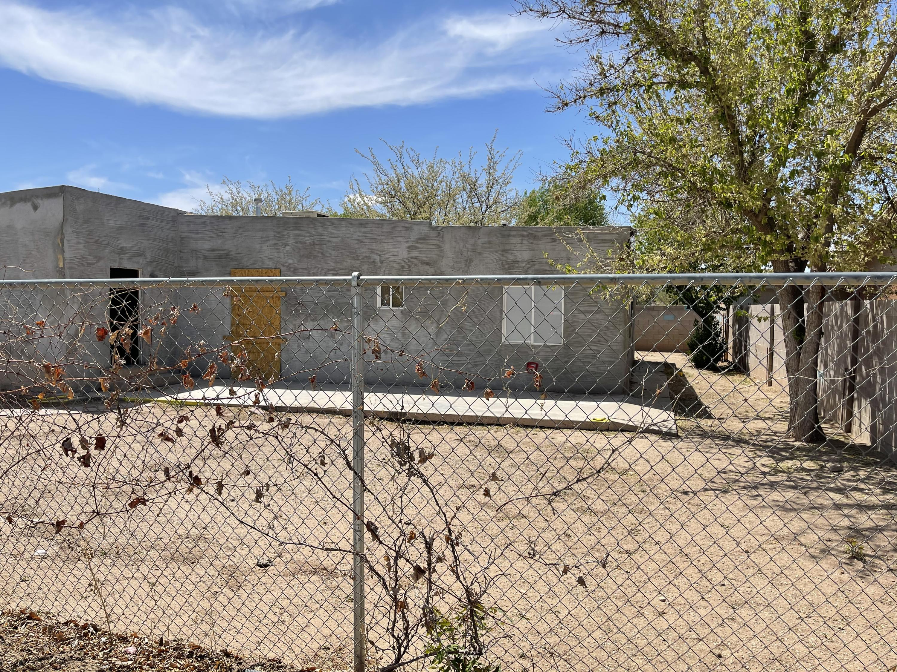 Near North Valley Investment Opportunity- fix & flip or rehab & hold! Calling all EXPERIENCED investors/handymen- perfect opportunity for serious sweat equity. Property needs A LOT of work. Home is sold as is with all defects and faults (no pre-closing repairs or utility turn-ons will be completed).