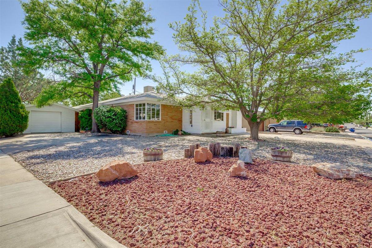 Bright and cheery, well maintained home on a corner lot near the fairgrounds. Beautiful, newly refinished hardwood floors throughout this freshly painted home along with new kitchen flooring make this home pop. Brand new swamp cooler, newer furnace and water heater. Close to shopping and freeway access.   This is a must see!