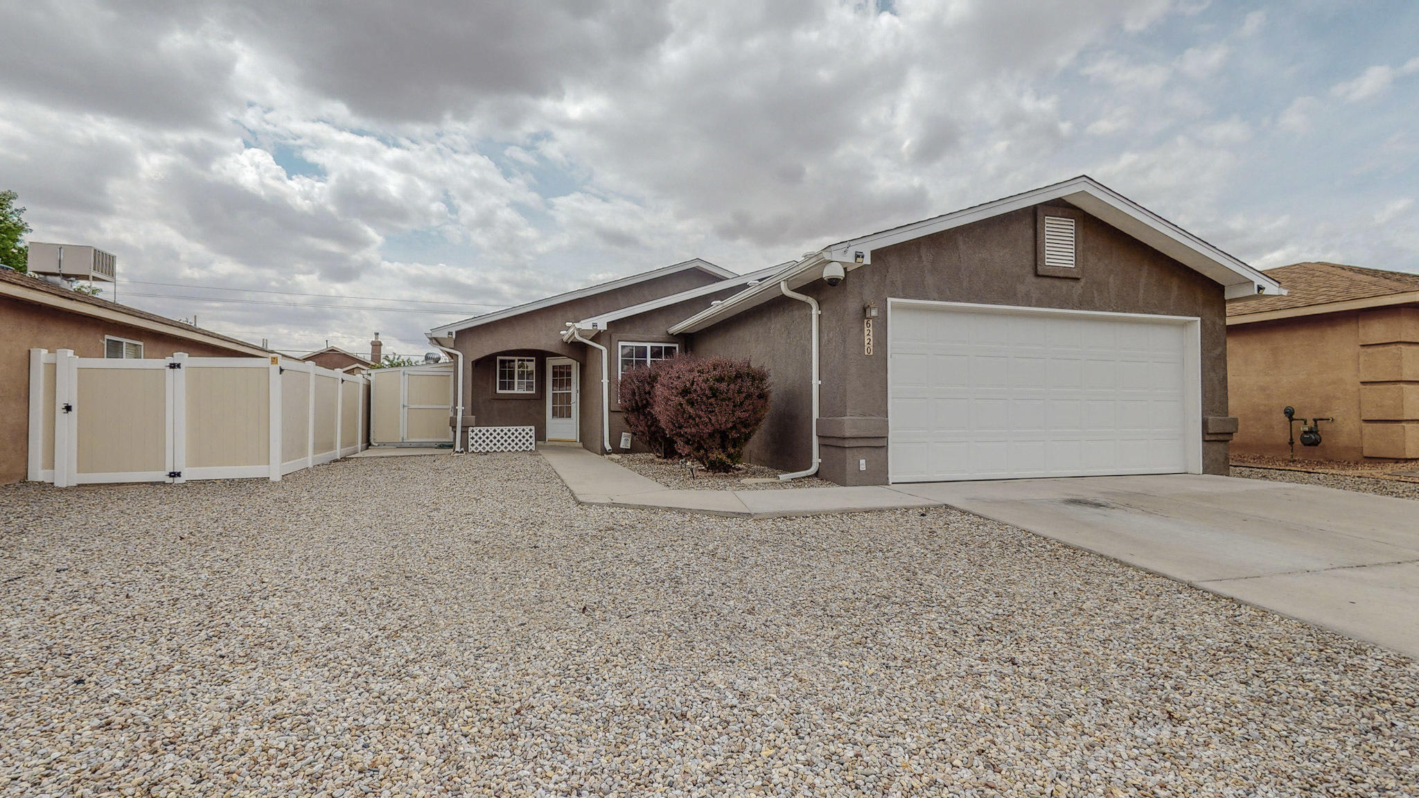 Must see this beautiful home. The features include, brand new roof 2021, tile throughout, ceiling fans, AC 2017, special locks, window tint, security alarm & cameras.This home is located in a great area close to freeway access, parks, restaurants & shopping.