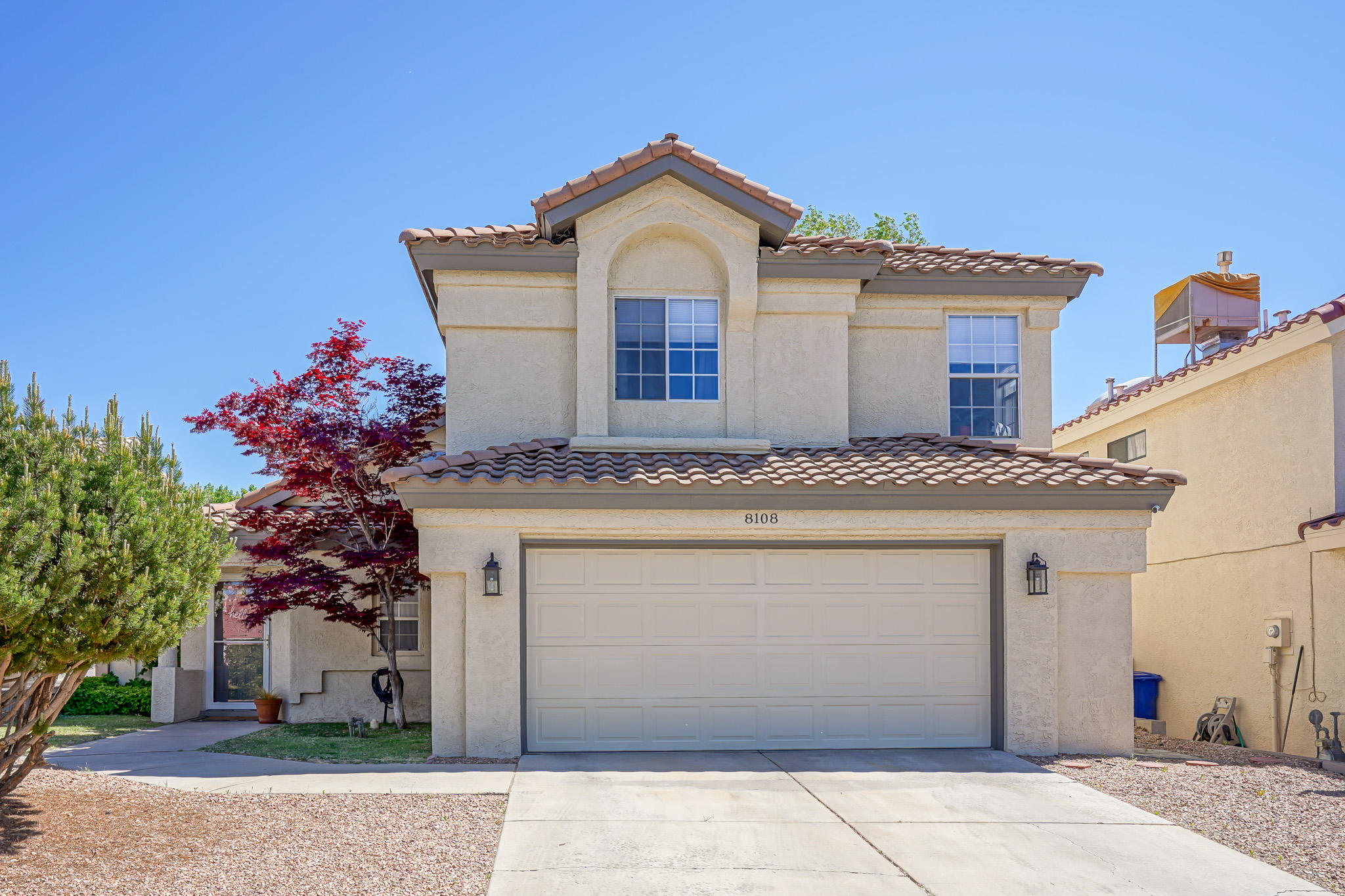 This well kept La Cueva property is sure to impress you! Walk-in and enjoy the large and bright family room with vaulted ceilings. The updated large kitchen offers plenty of countertop space. Off the kitchen there's an additional space that can be utlilized as a second living area or additional dining room. The open concept layout is great for entertaining! The master suite is nicely sized and the bathroom has 2 vanities, separate tub and shower, and a walk-in closet.The backyard offers an open patio, a beautiful green lawn and shade trees... prefect for your summer BBQs.This home has several new updates - granite countertops, fresh paint, light fixtures, Pella storm door, and window coverings. The TPO roof is newer (2017), and stucco/trim has been recently painted.