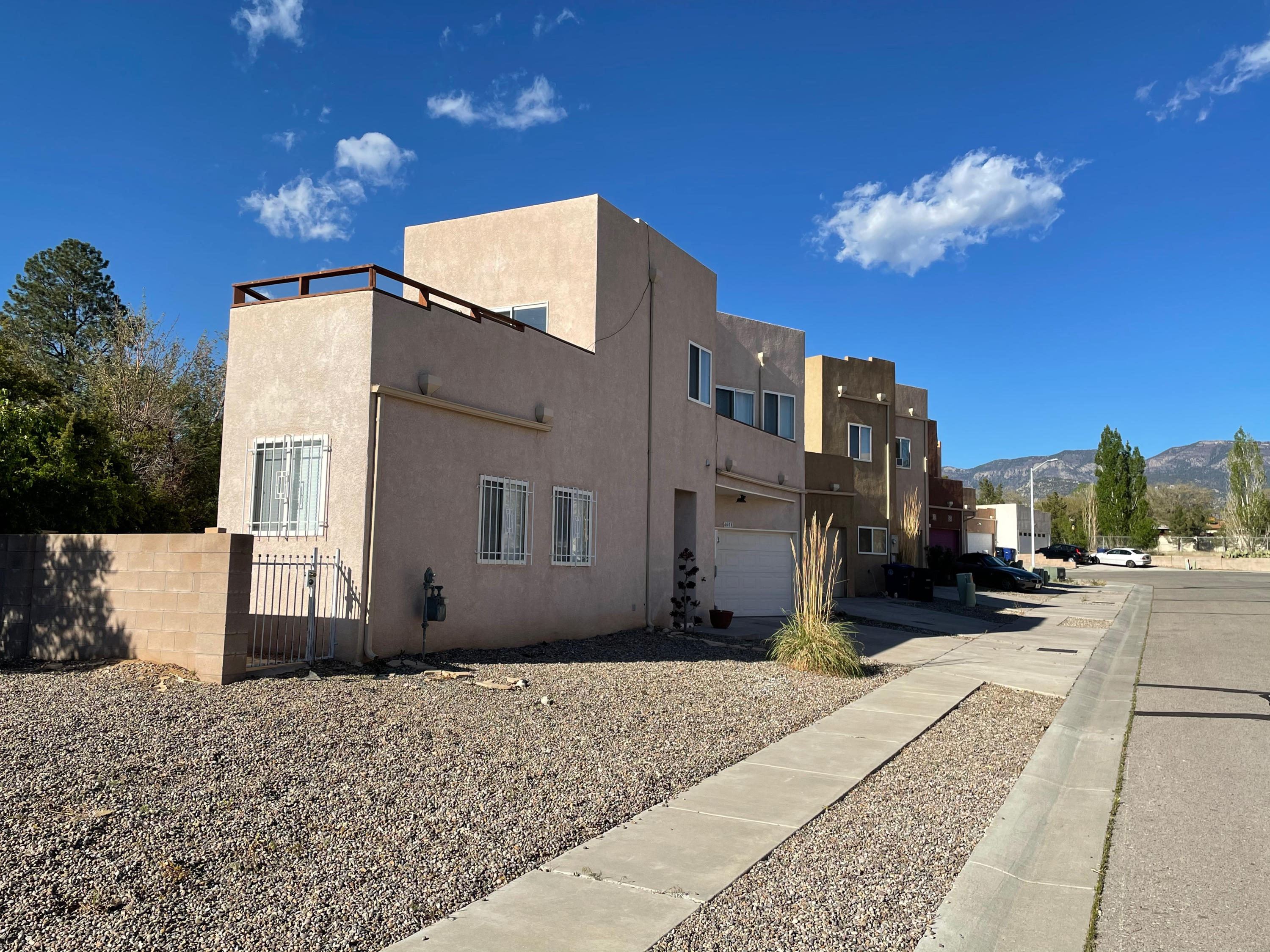 Nice townhome on a large lot featuring two Master Suites, cozy kitchen and great room.  Large balcony off one master suite with great city and mountain views, second master has a south facing balcony.  Close to mountain hiking and bike trails.