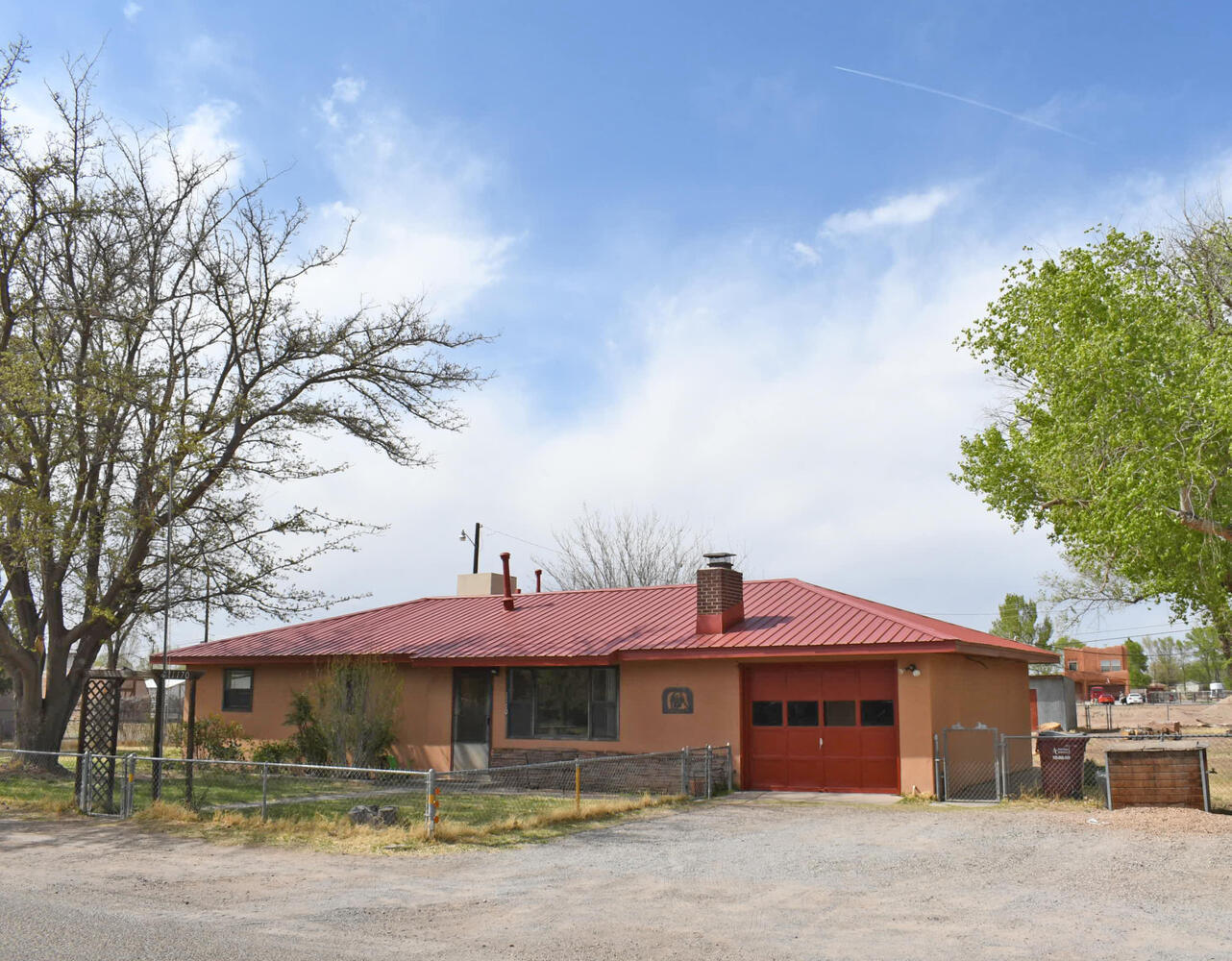 Opportunity for a great family home with half an acre in Bosque Farms. This home has 3 beds, 1 bath, 1 car garage. It's on city water but has a well for landscaping. Lots of room for the garden. A nice, quiet neighborhood for the family. Use showtime to schedule. Professional measurement to be done on 5/13.